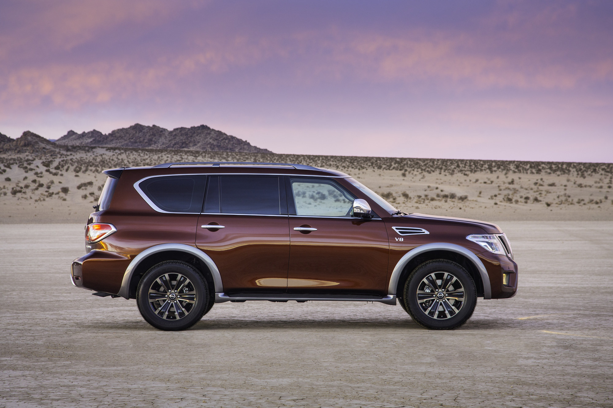 2017 nissan armada quality review the car connection. Black Bedroom Furniture Sets. Home Design Ideas