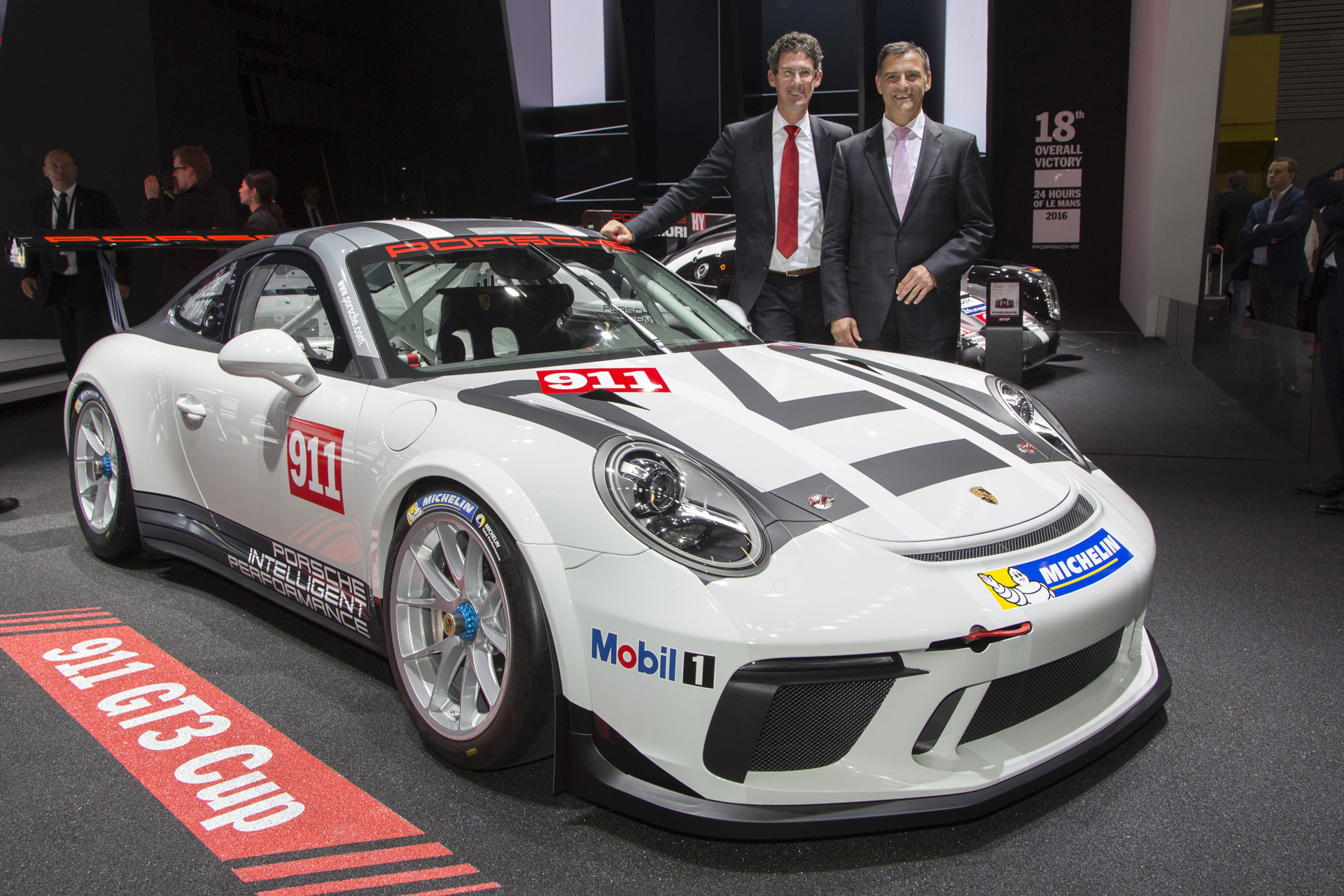 2017 porsche 911 gt3 cup race car revealed. Black Bedroom Furniture Sets. Home Design Ideas