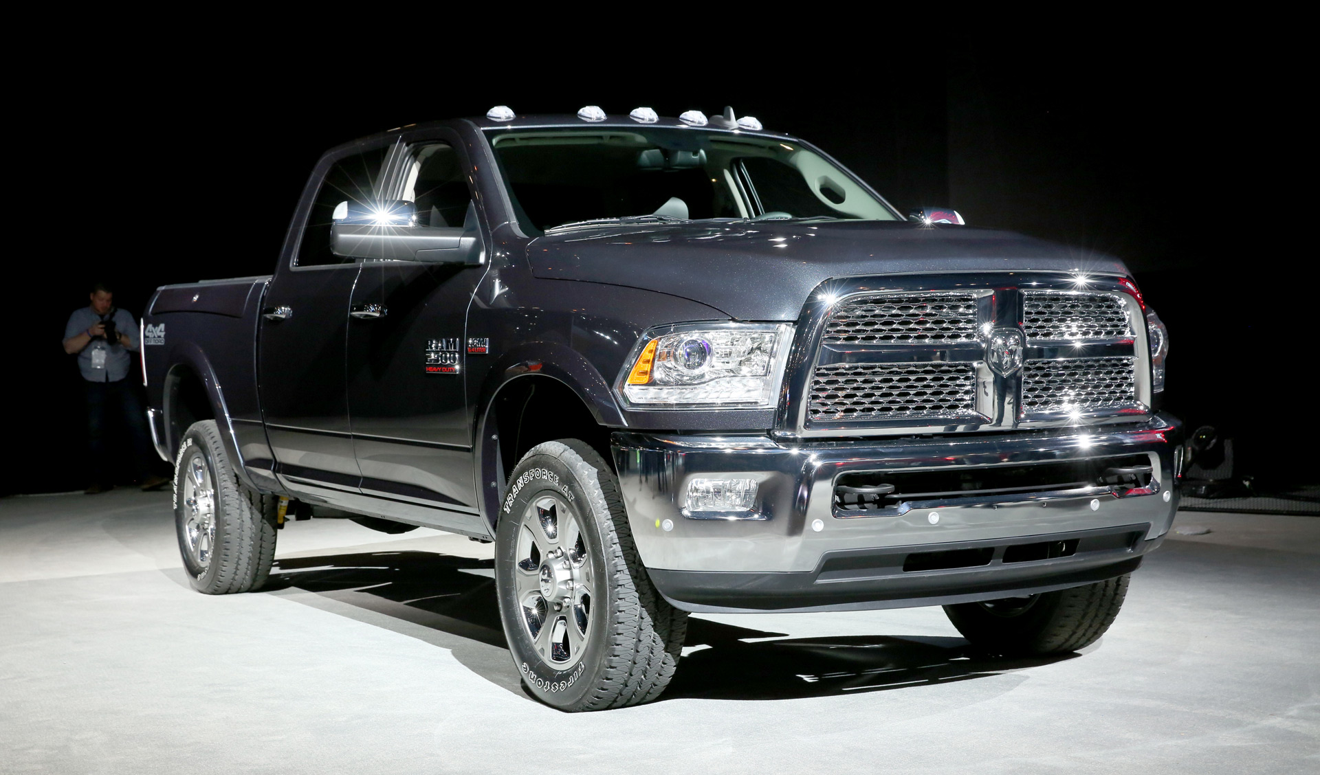 2017 ram 2500 off road rolls into chicago. Black Bedroom Furniture Sets. Home Design Ideas