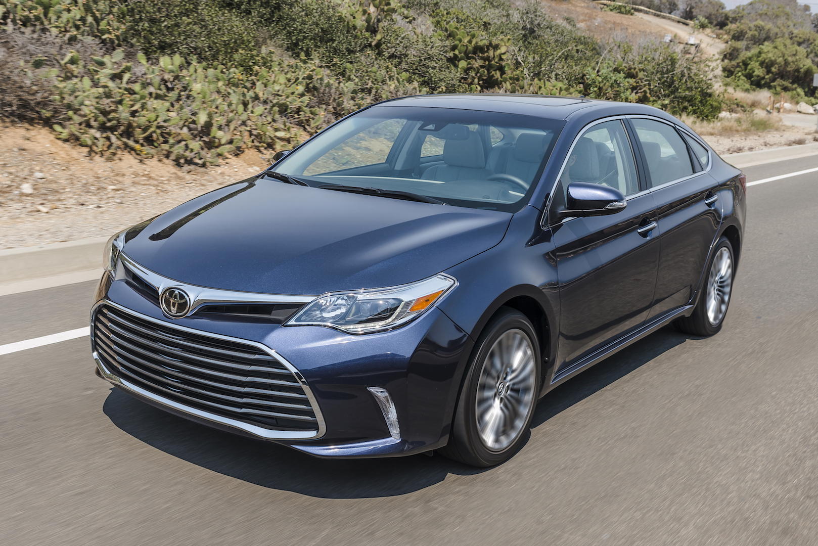 2017 toyota avalon review ratings specs prices and photos the car connection. Black Bedroom Furniture Sets. Home Design Ideas