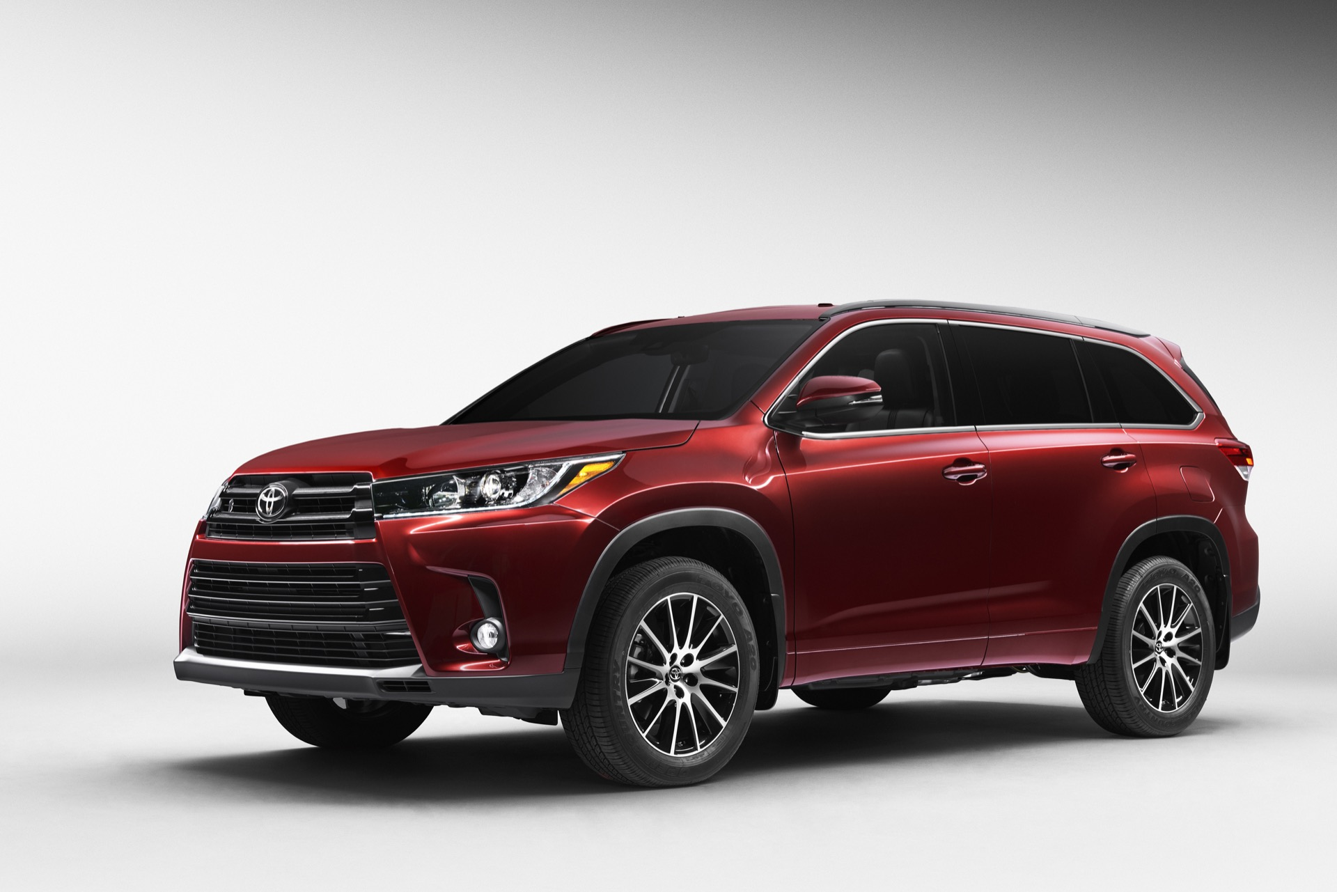 2017 toyota highlander review ratings specs prices and photos