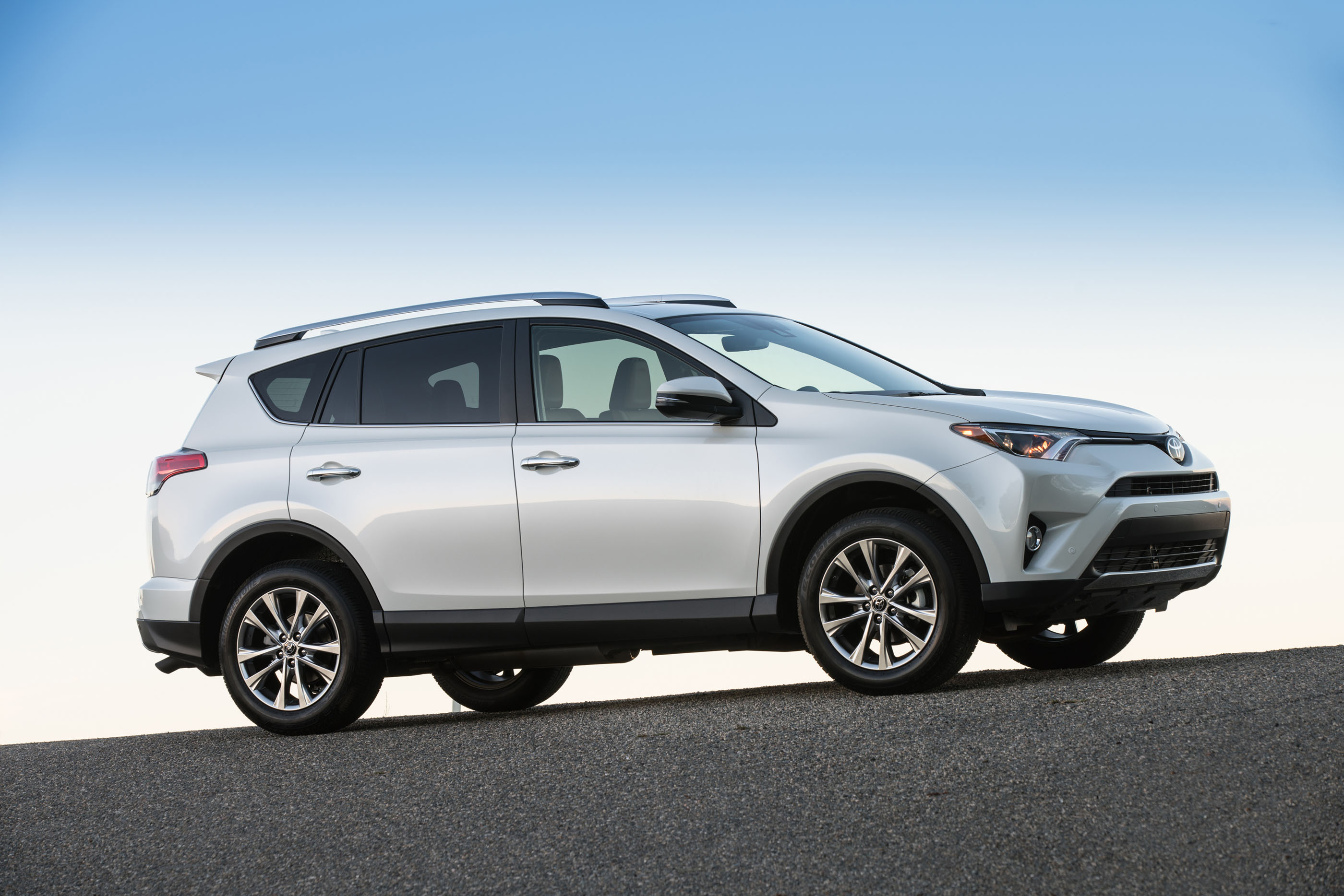 2017 Toyota Rav4 Safety Review And Crash Test Ratings
