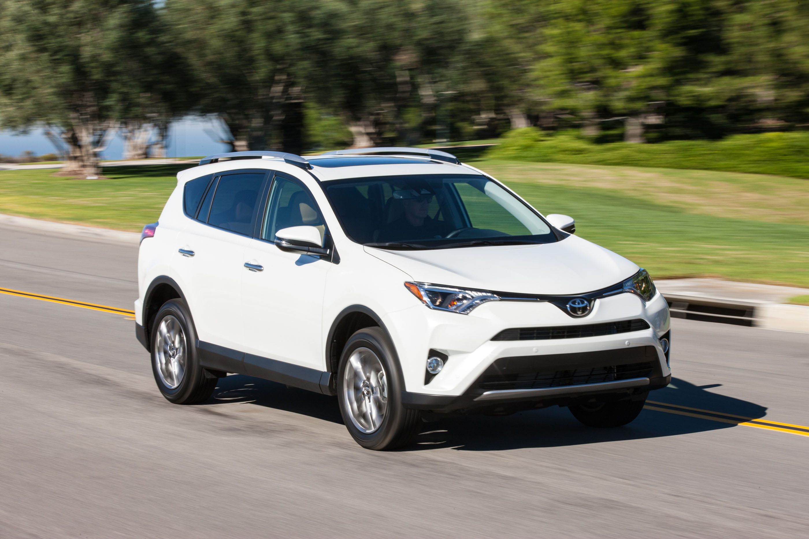 2017 toyota rav4 review ratings specs prices and photos the car connection. Black Bedroom Furniture Sets. Home Design Ideas