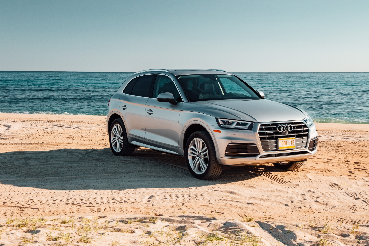 2018 audi q5 features review the car connection. Black Bedroom Furniture Sets. Home Design Ideas
