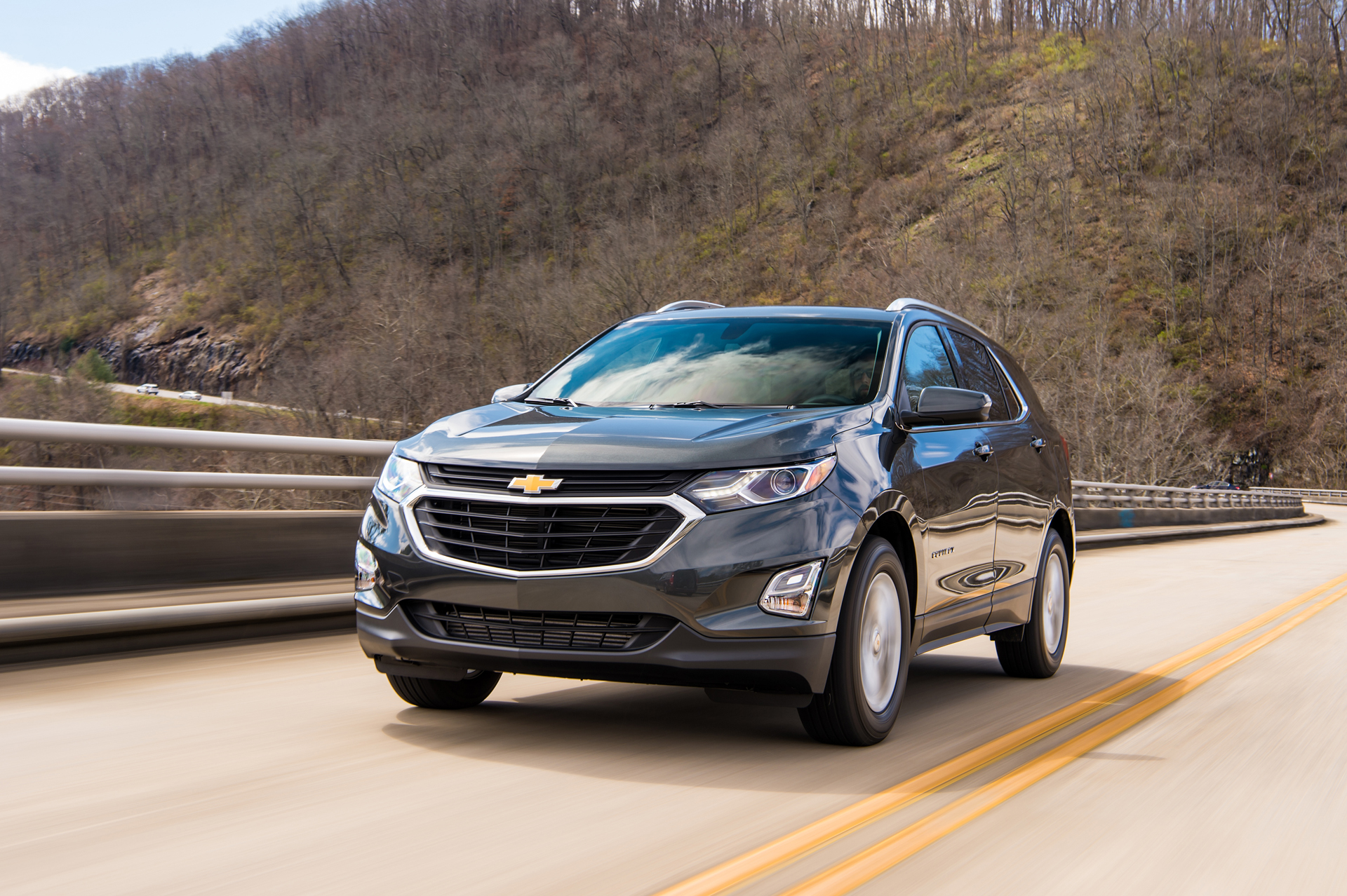 new and used chevrolet equinox chevy prices photos reviews specs the car connection. Black Bedroom Furniture Sets. Home Design Ideas
