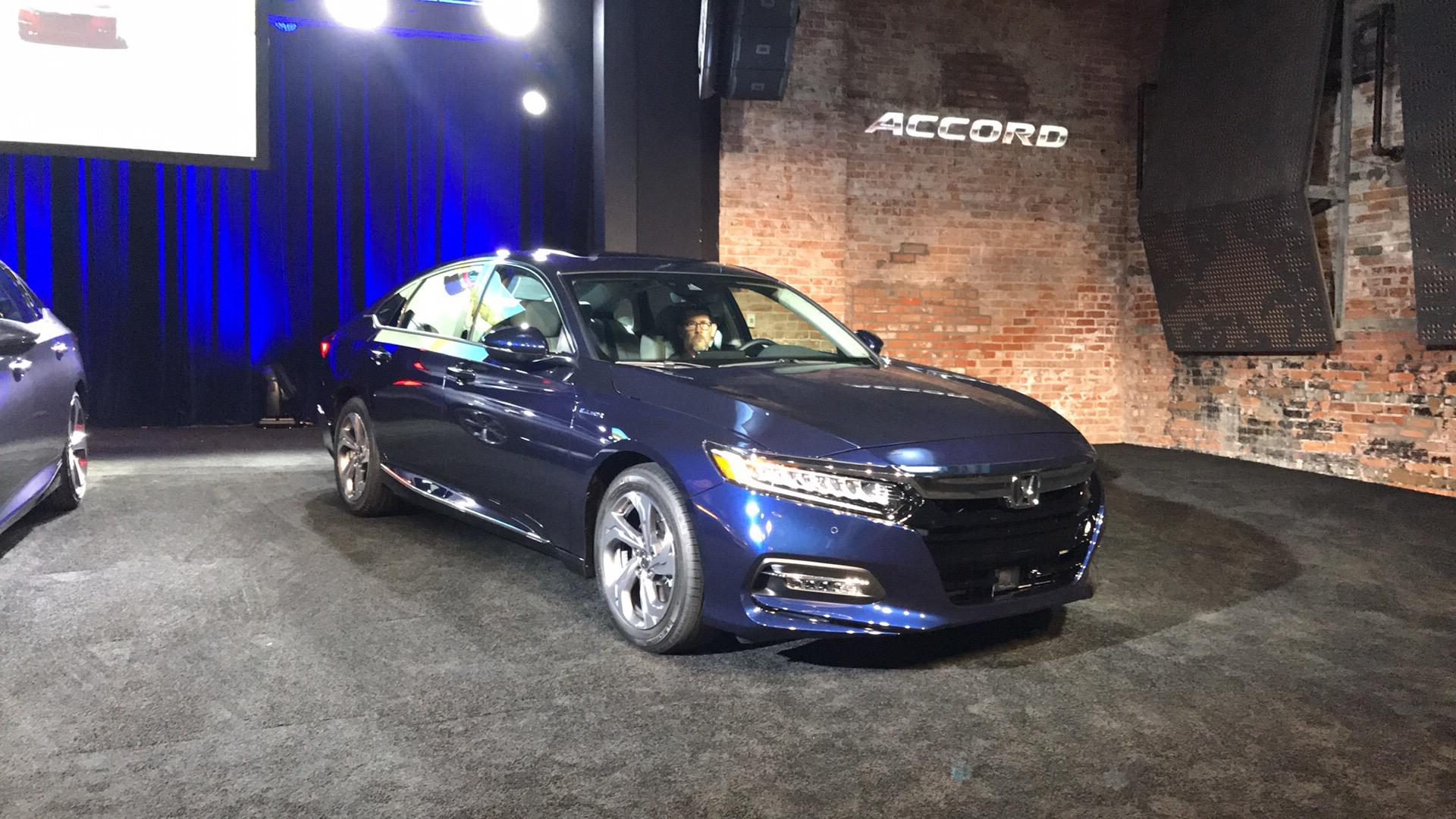 2018 honda interceptor. beautiful 2018 smart money is still in sedans 2018 honda accord revealed in honda interceptor