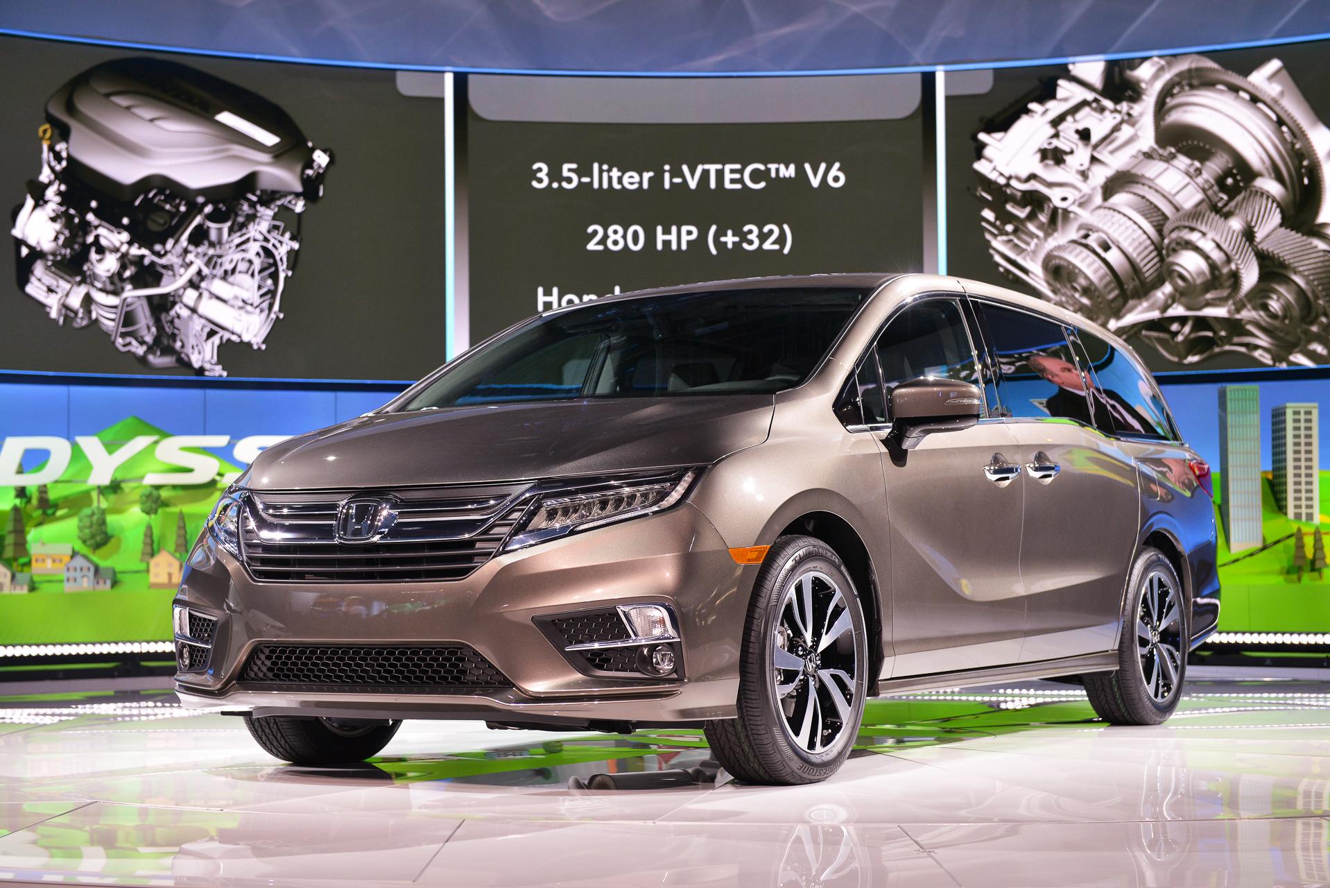 2018 Honda Odyssey debuts with 280-hp V-6, 10-speed auto