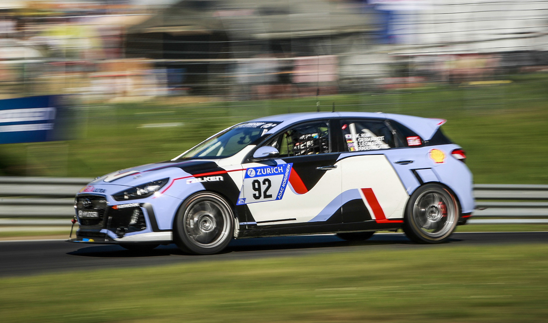 hyundai i30 n survives 24 hours n rburgring race. Black Bedroom Furniture Sets. Home Design Ideas