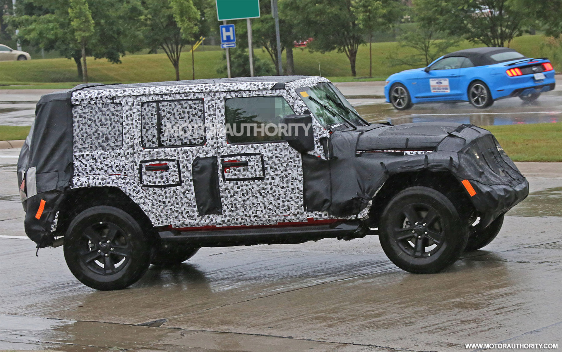 Jeep wrangler specs leak full time 4wd available