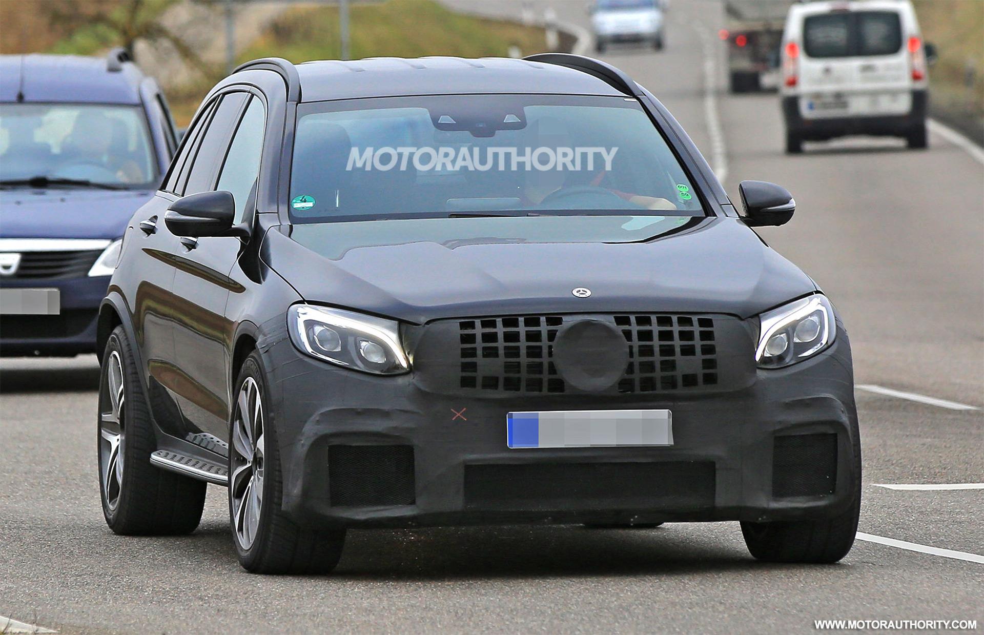 Glc Facelift 2018 >> 2018 Mercedes-AMG GLC63 spy shots