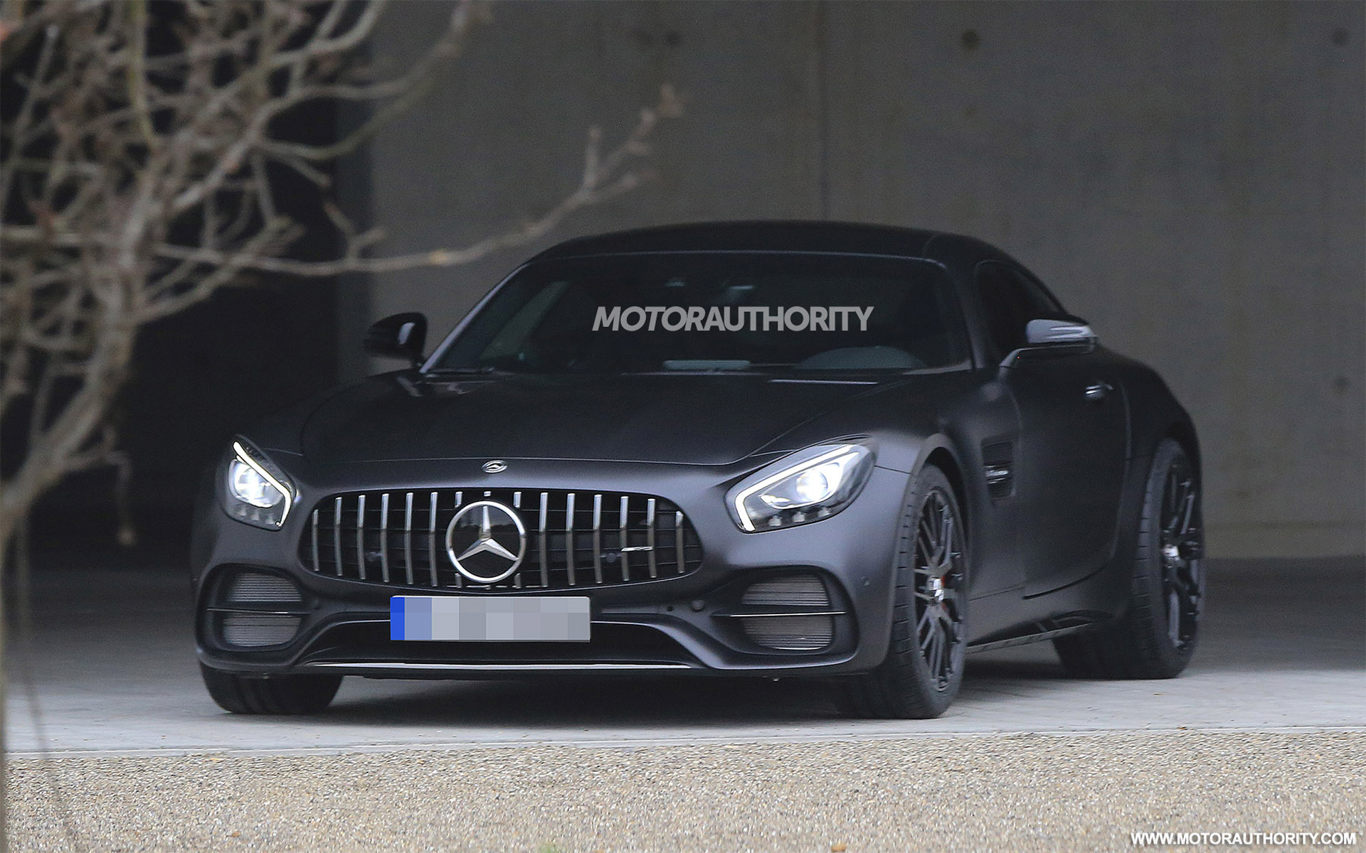 2018 Mercedes-AMG GT C spy shots