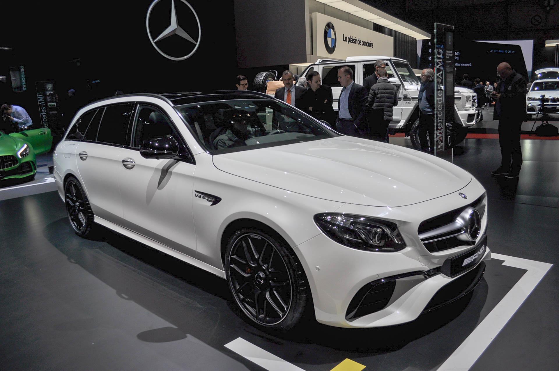 Mercedes amg unveils 603 hp 2018 e63 s wagon for Mercedes benz e63 amg 2018