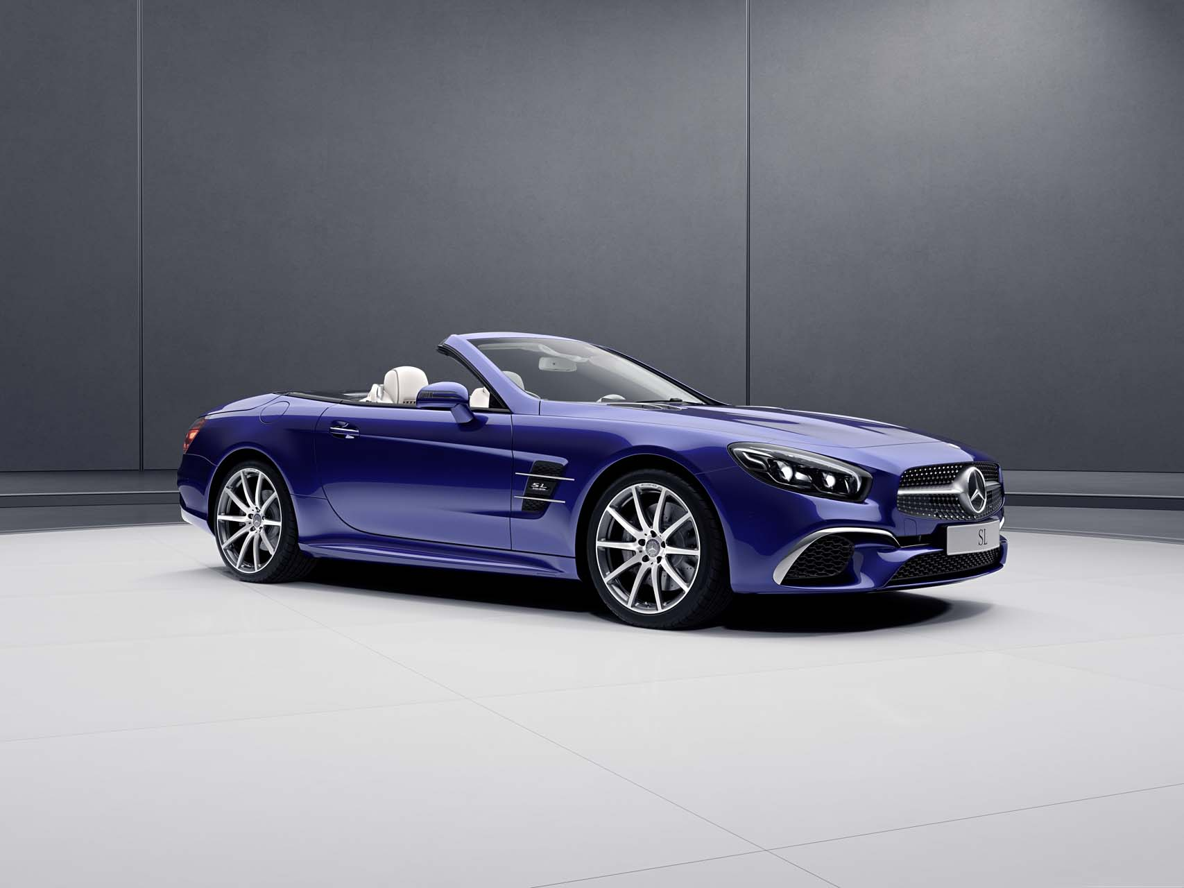 2018 Mercedes Benz Sl Class Features Review The Car
