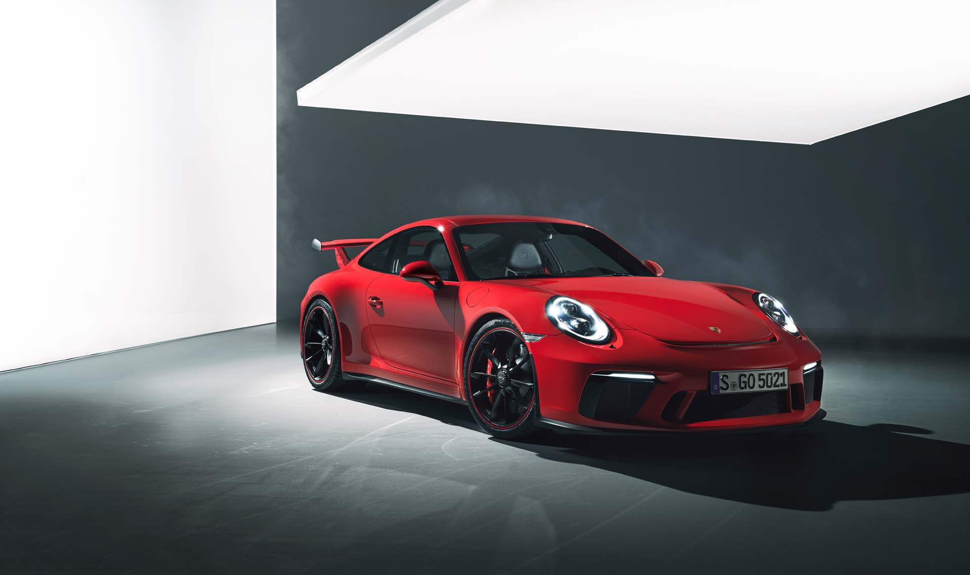 with new gt3  the automatic vs manual debate rages  even porsche 911 manual or automatic porsche 911 turbo automatic vs manual