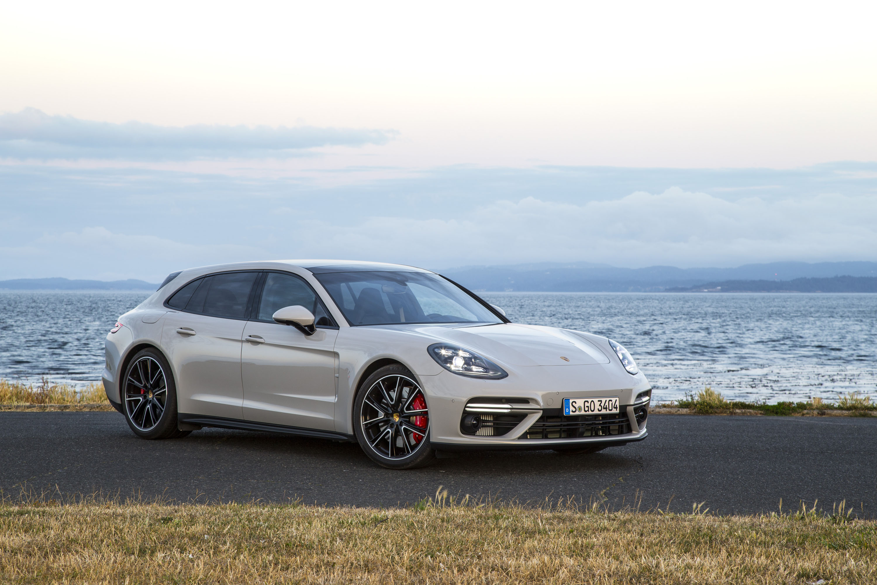 New And Used Porsche Panamera Prices Photos Reviews