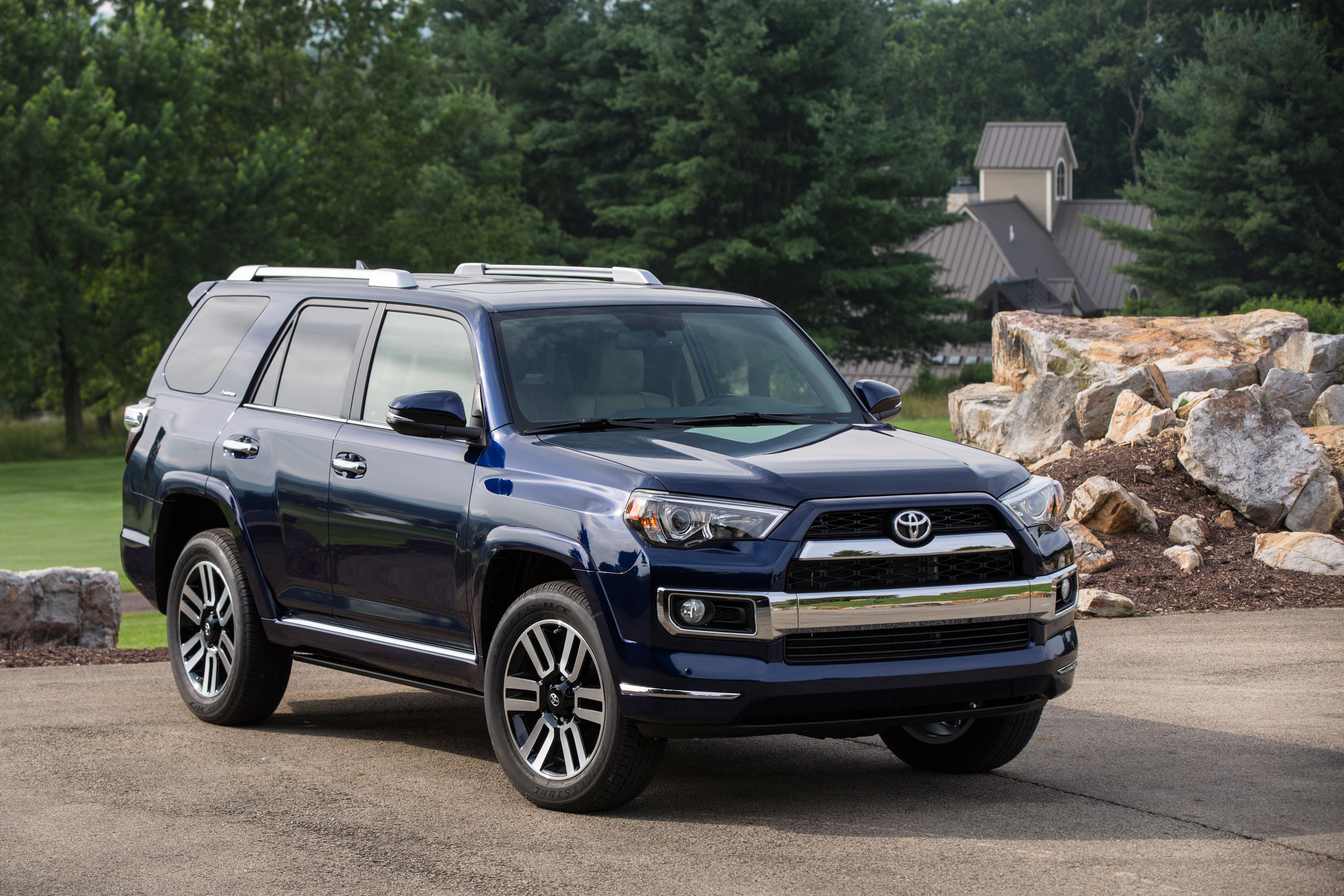new and used toyota 4runner prices photos reviews specs the car connection. Black Bedroom Furniture Sets. Home Design Ideas