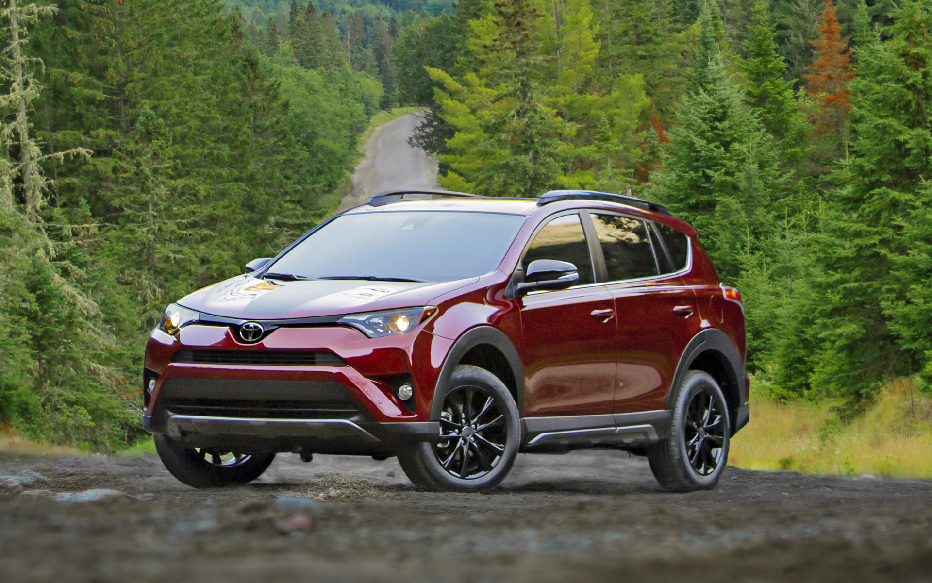 new and used toyota rav4 prices photos reviews specs the car connection. Black Bedroom Furniture Sets. Home Design Ideas