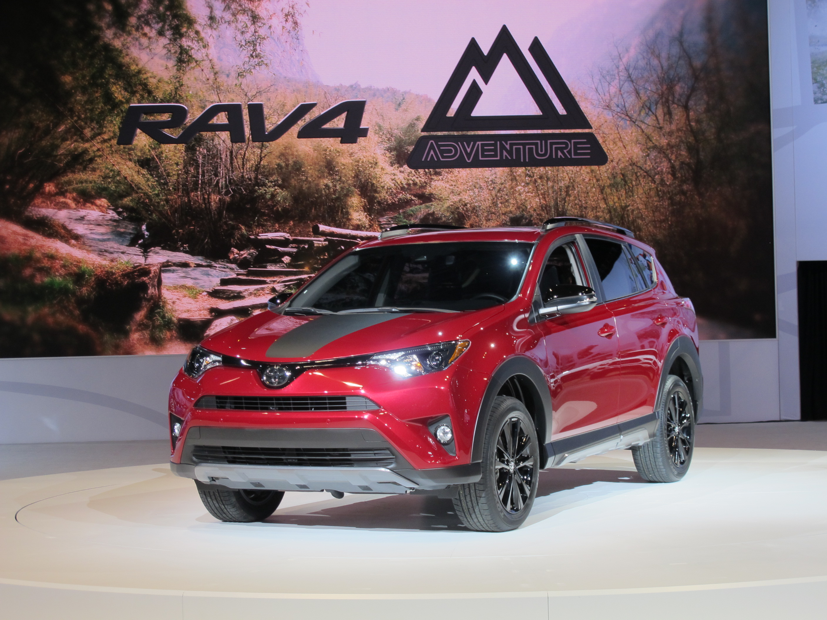 Land Rover Fort Worth >> 2018 Toyota RAV4 Adventure brings hints of outdoorsiness for $28,695