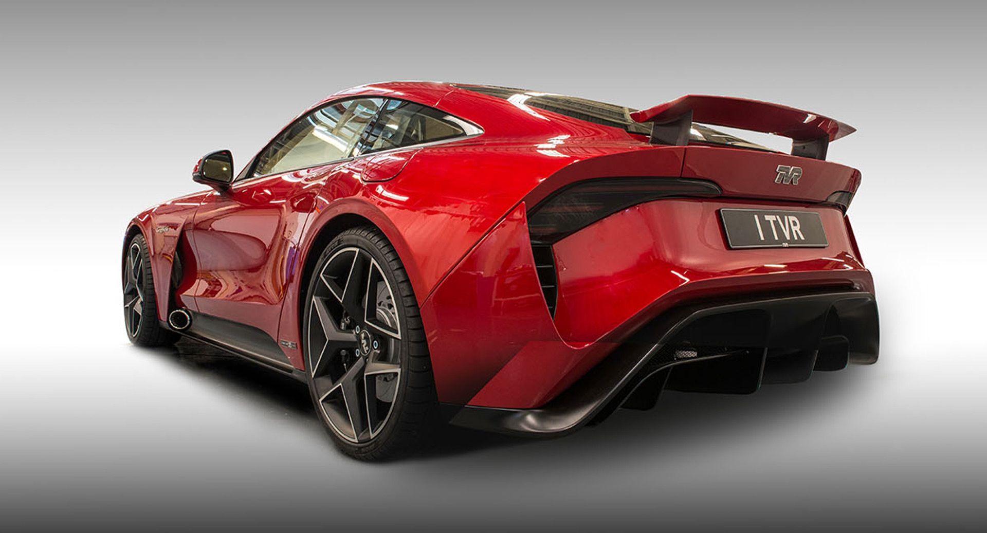 tvr returns with 500 horsepower griffith sports car autozaurus. Black Bedroom Furniture Sets. Home Design Ideas