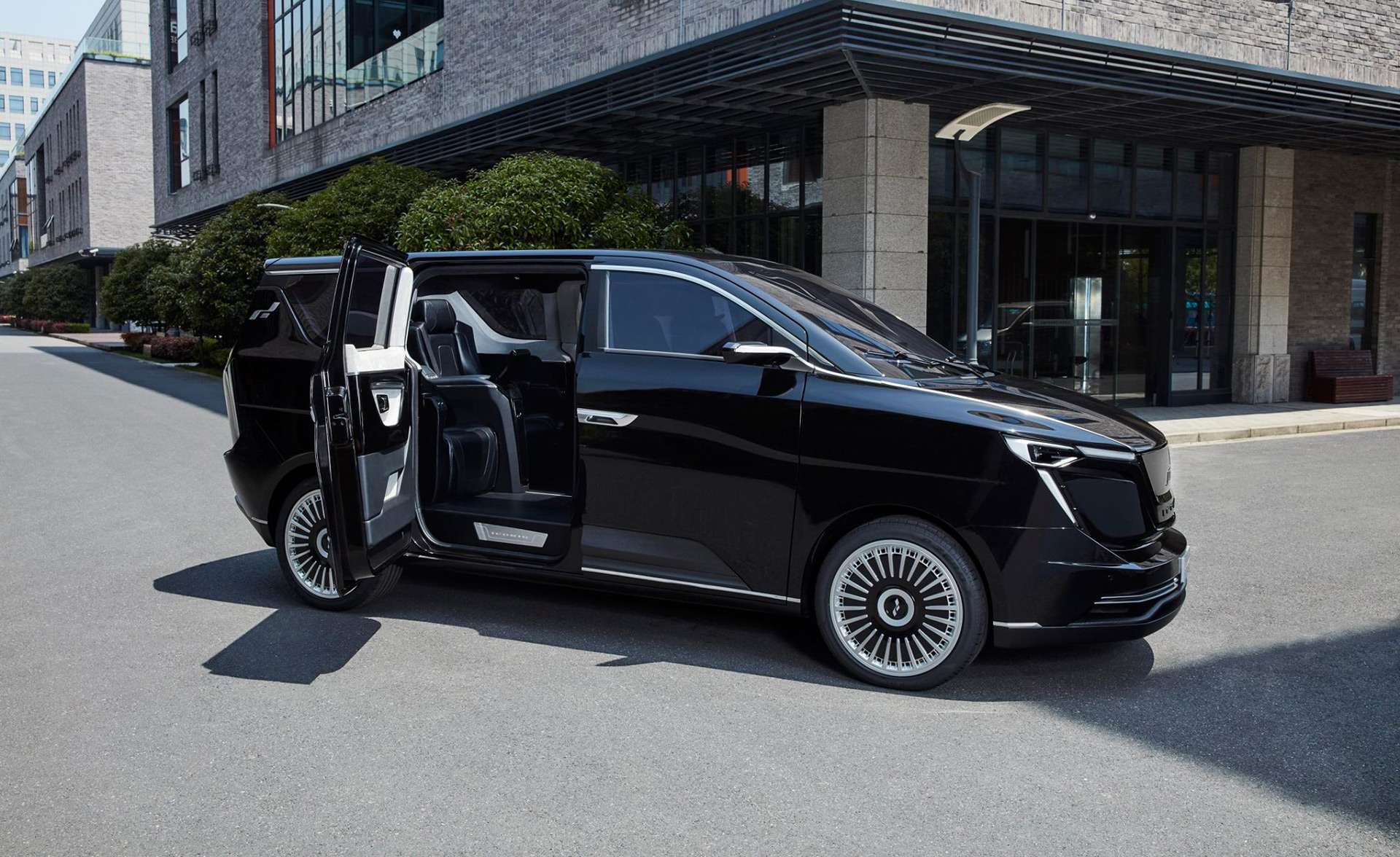 NEVS to develop electric cars with Chinese automaker Iconiq