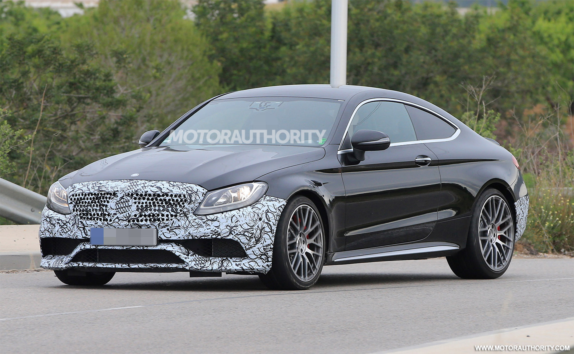2020 mercedes amg c63 coupe spy shots autozaurus. Black Bedroom Furniture Sets. Home Design Ideas
