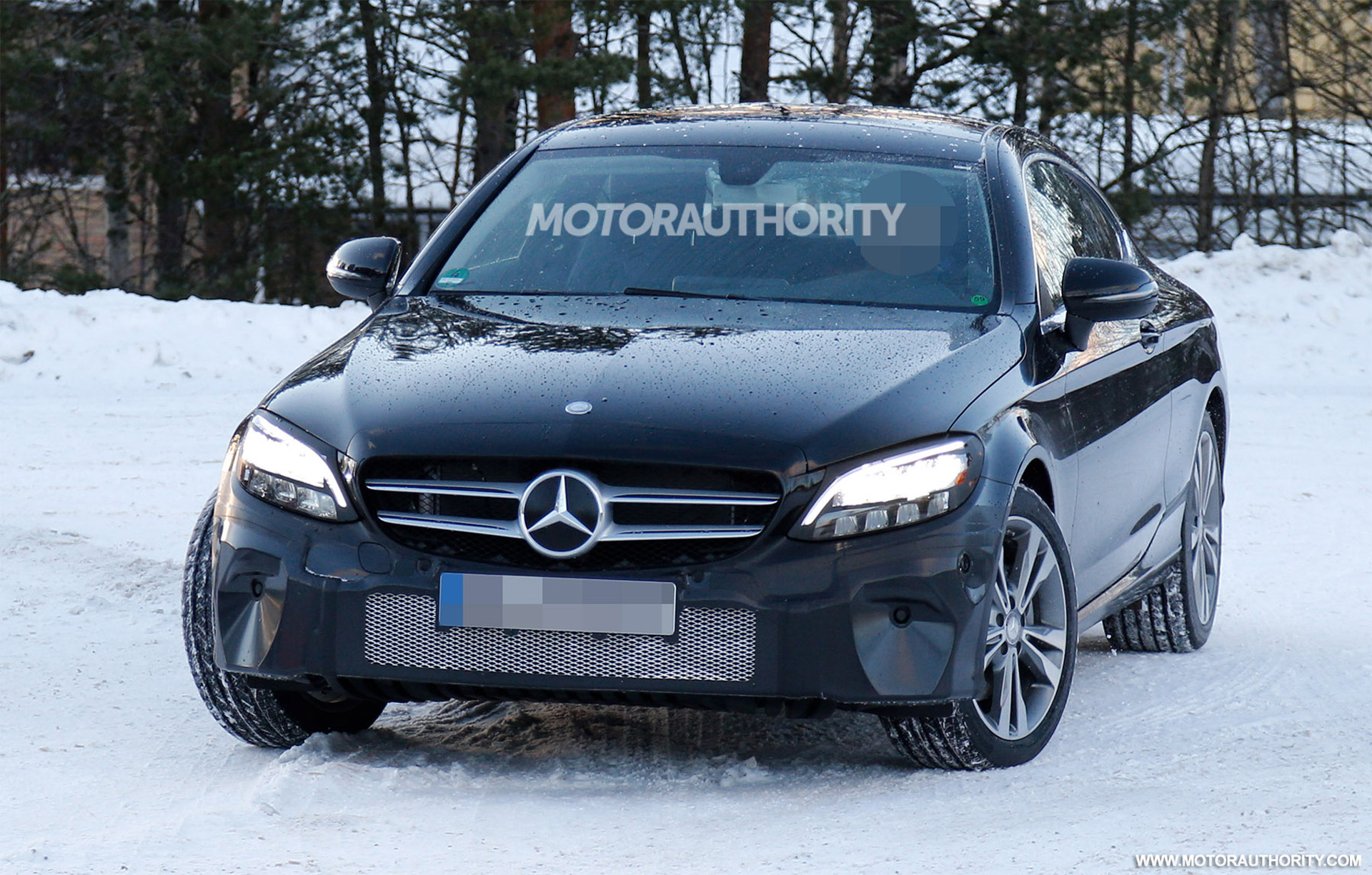 2020 Mercedes-Benz C-Class Coupe spy shots