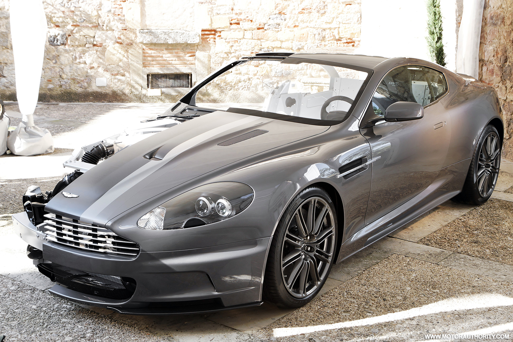 peeling back the layers of aston martin 39 s dbs. Black Bedroom Furniture Sets. Home Design Ideas