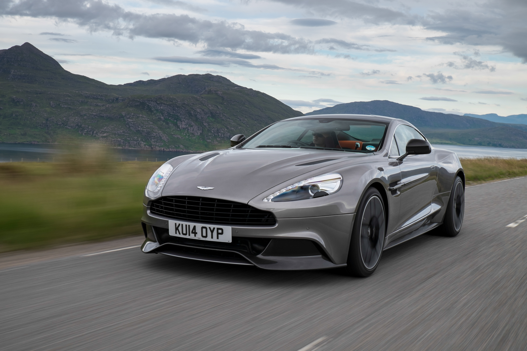 Popular 2015 Aston Martin Vanquish Review Ratings Specs Prices