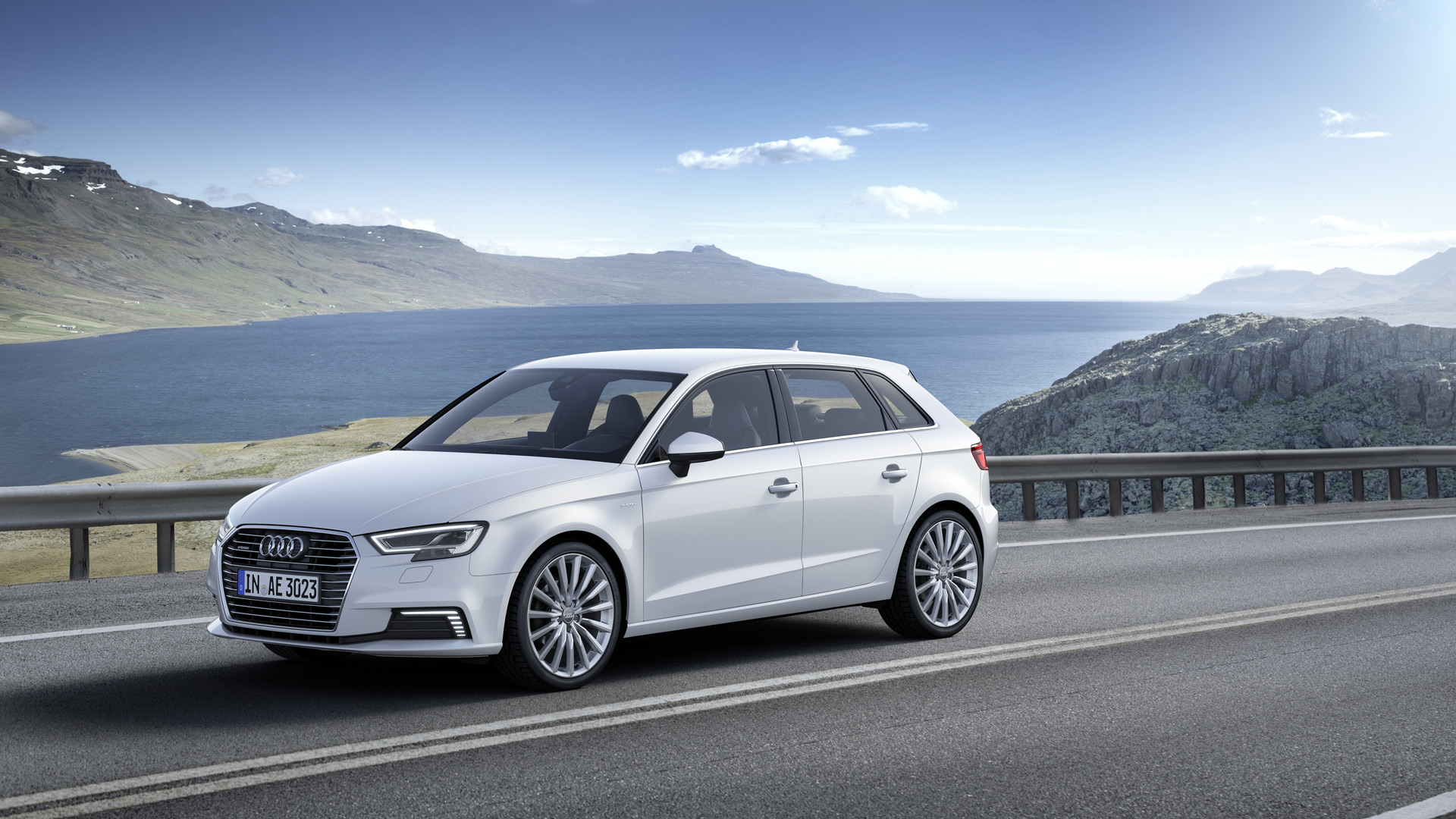 2017 audi a3 e tron sportback remains sole a3 with hatch body. Black Bedroom Furniture Sets. Home Design Ideas
