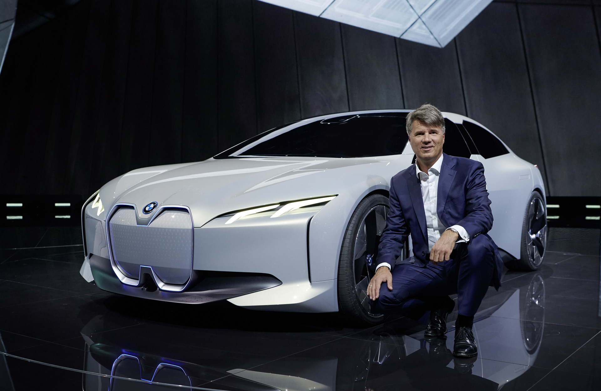 bmw i sedan hinted at with 2017 frankfurt motor show concept