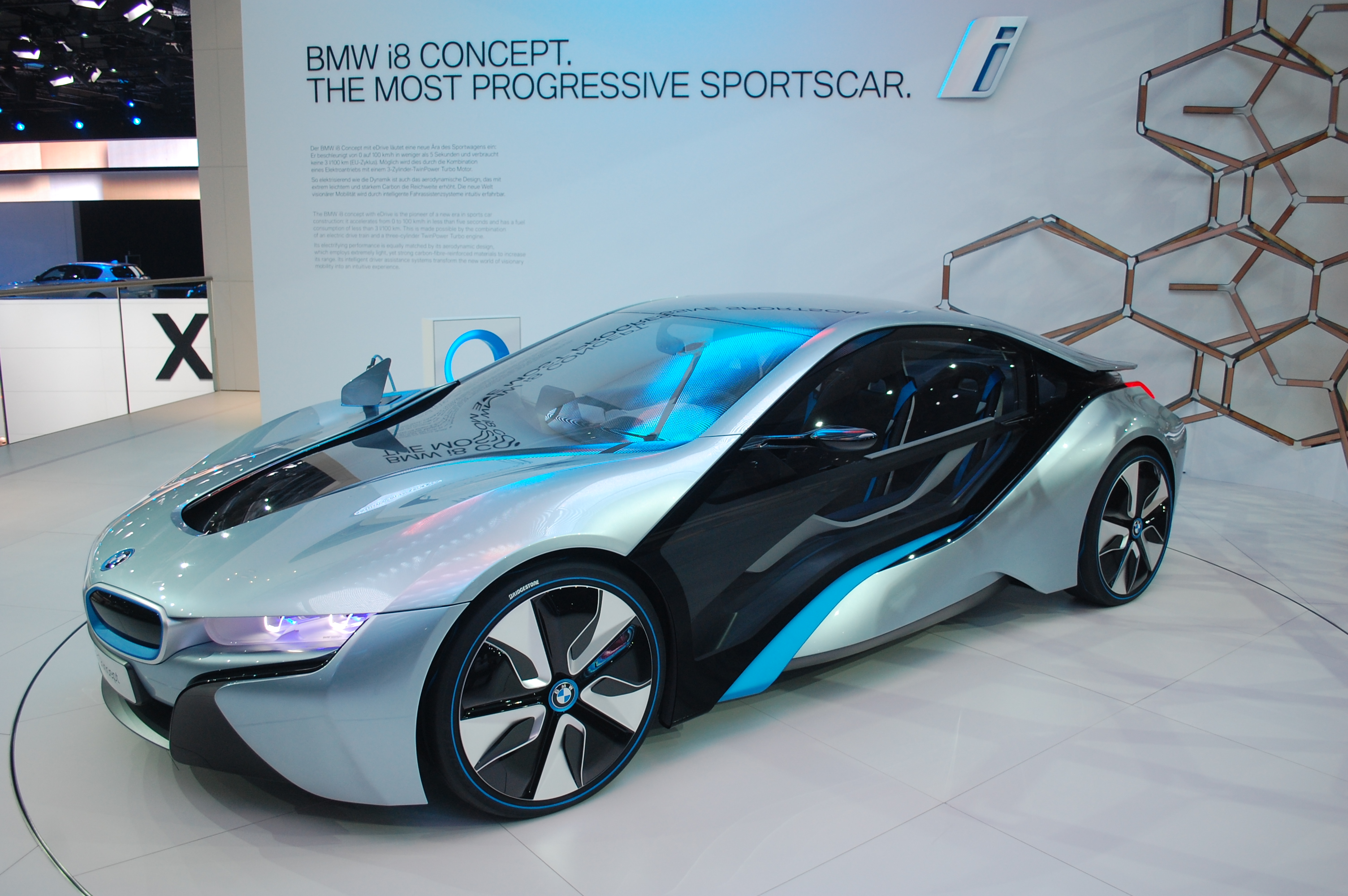 2014 bmw i8 live photos 2011 frankfurt auto show. Black Bedroom Furniture Sets. Home Design Ideas
