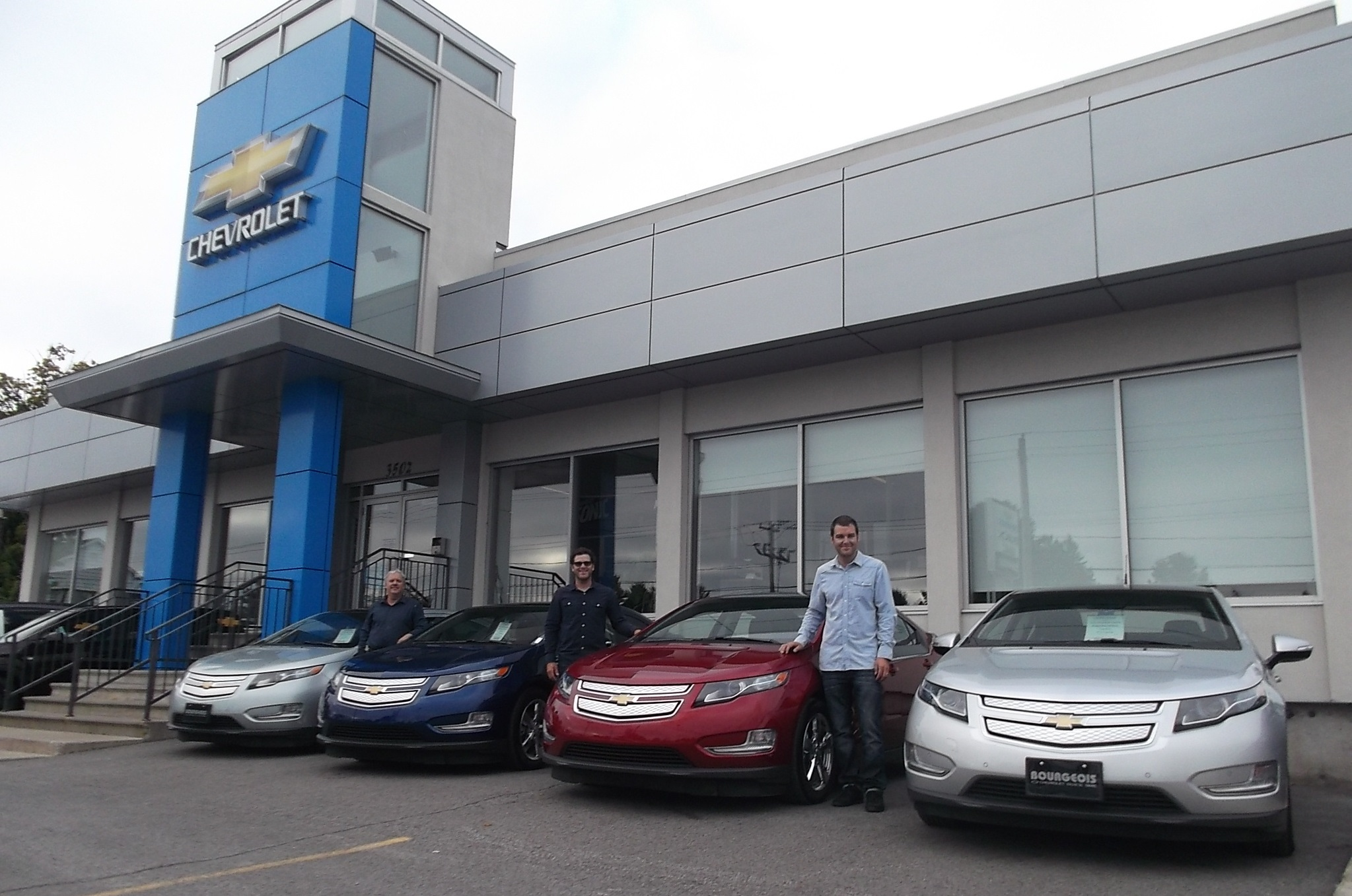 Canadian Electric Car Dealership Awards Honor Sales
