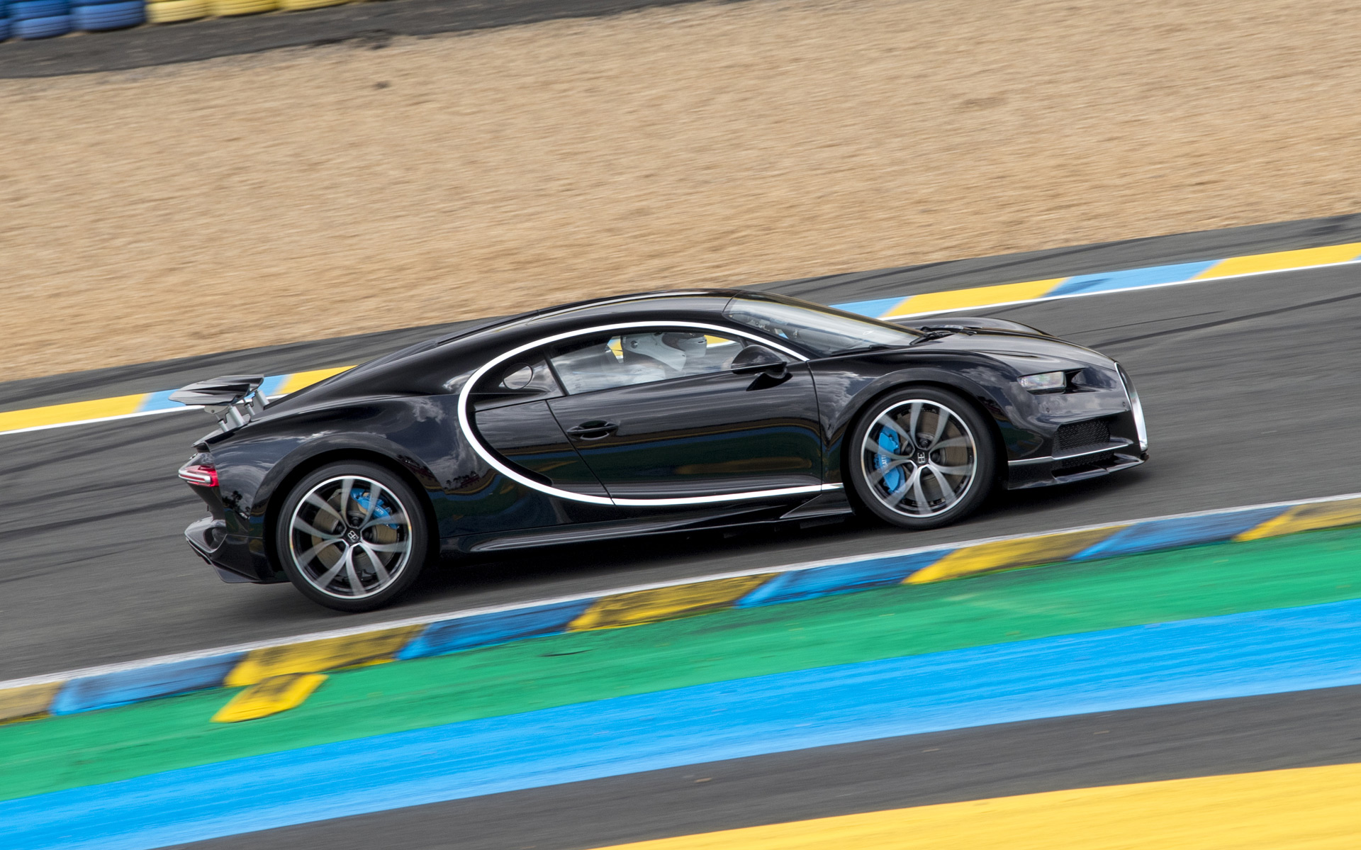 Bugatti Ceo Drives New Chiron Faster Than A Race Car At Le