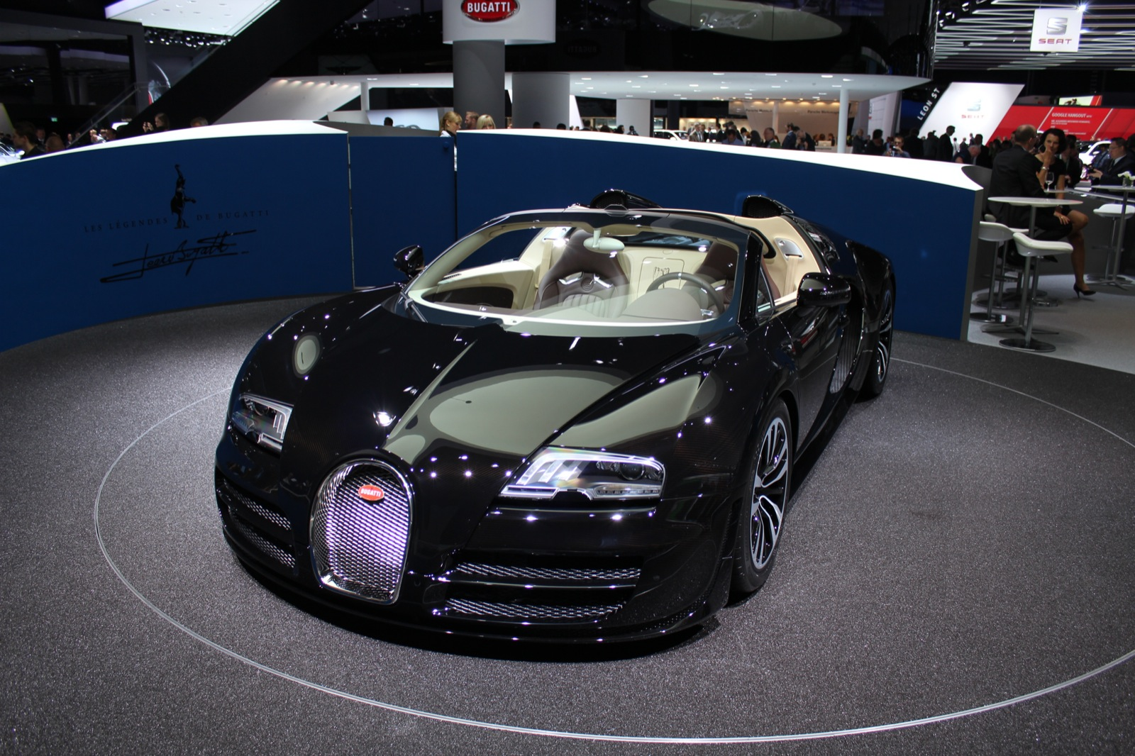 bugatti legend jean bugatti veyron grand sport vitesse live from frankfurt. Black Bedroom Furniture Sets. Home Design Ideas