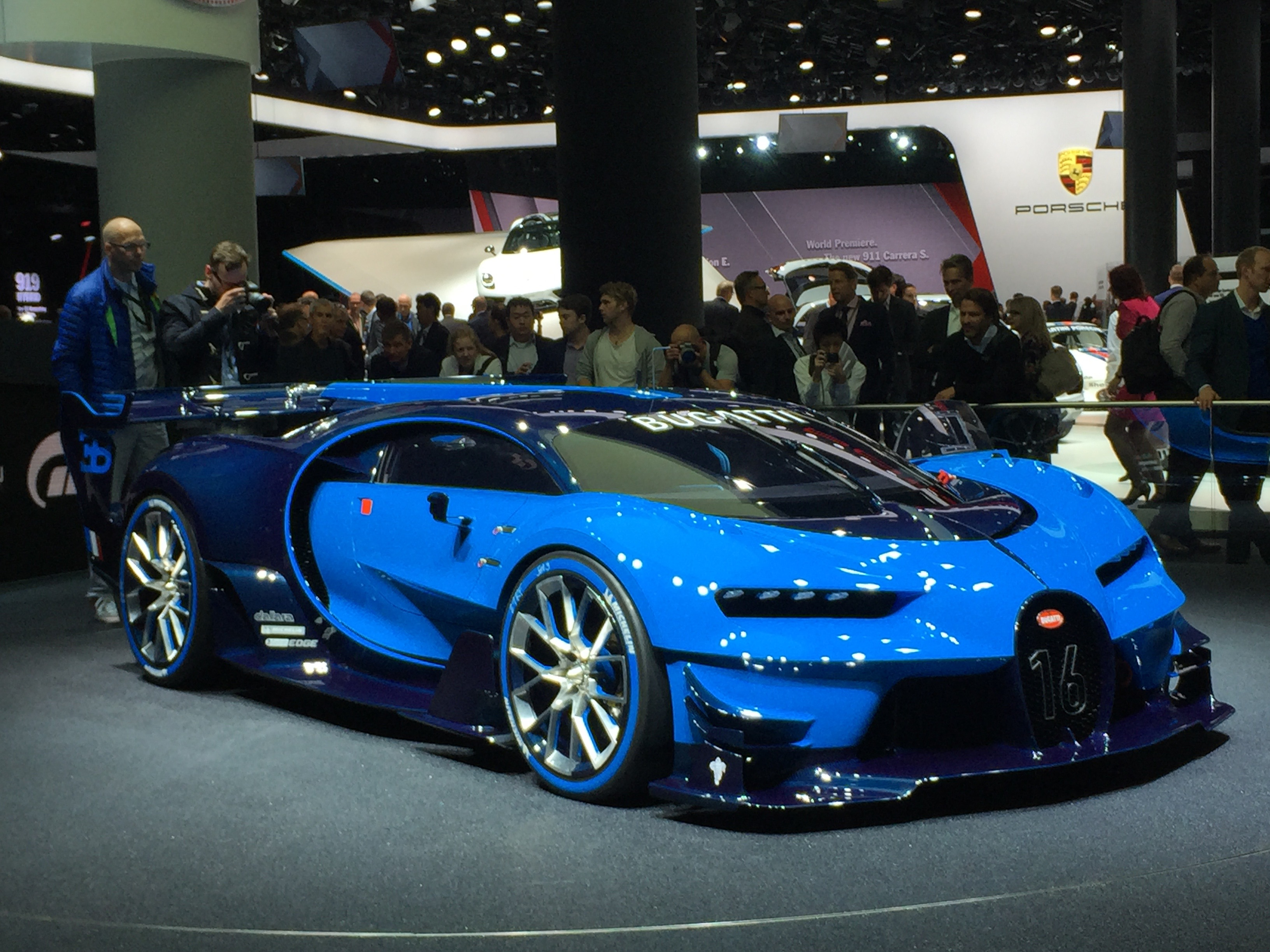 Bugatti Previews Veyron Successor With Vision Gt Concept