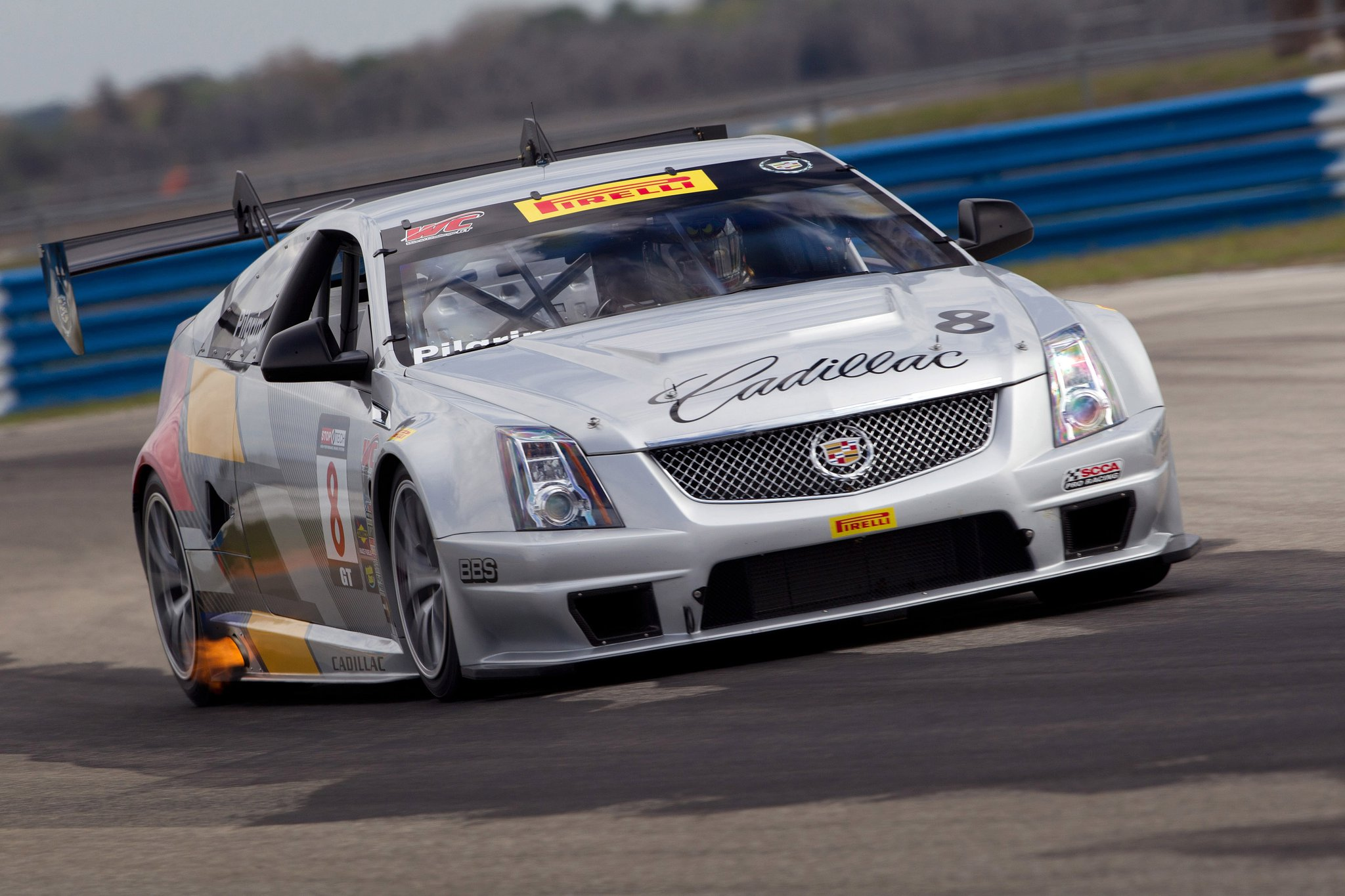 cadillac cts v coupe race car gears up for 2011 season. Black Bedroom Furniture Sets. Home Design Ideas