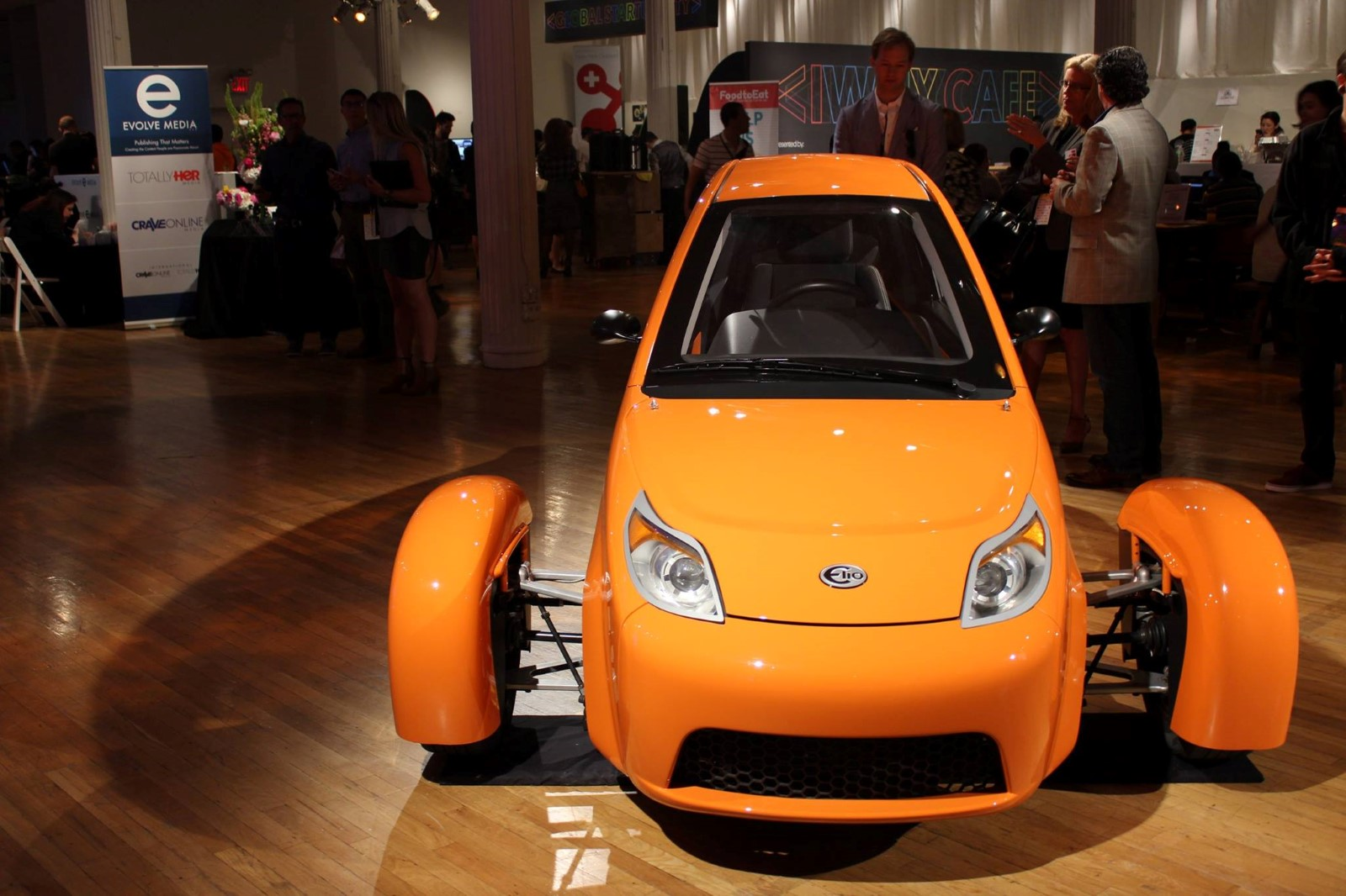 Future Of 84 Mpg Elio 3 Wheeler Depends On Government Loans