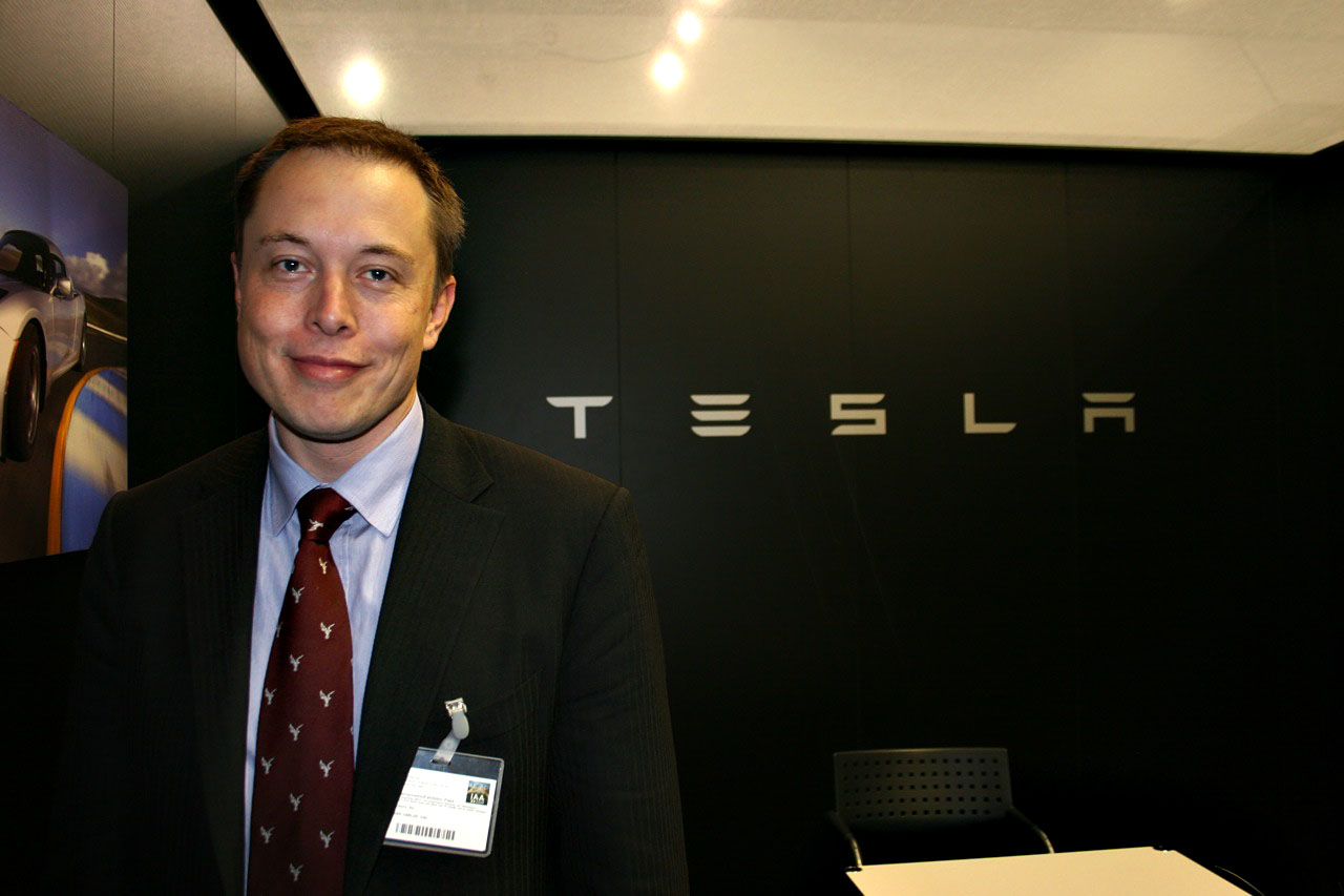 Fully Self Driving Cars Will Be Ready In 2019 Says Elon Musk