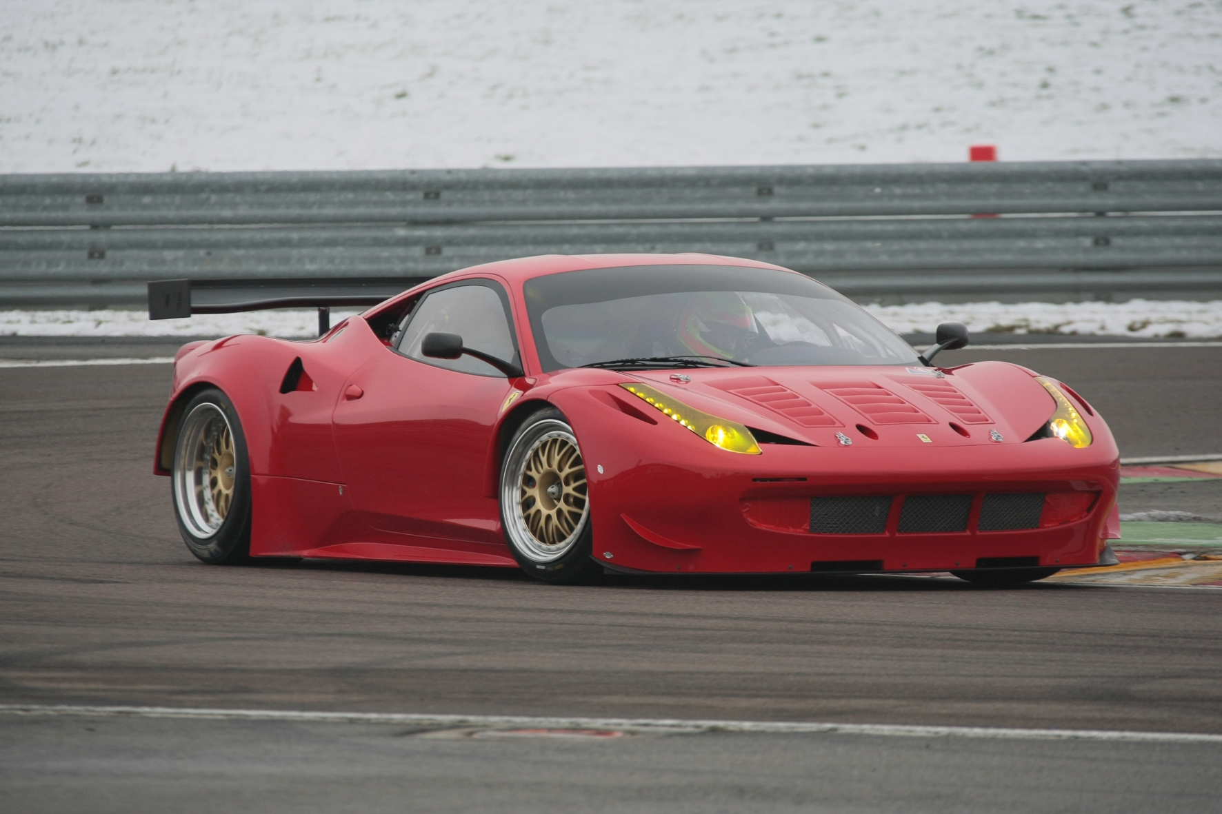 ferrari 458 italia gt2 spotted testing. Black Bedroom Furniture Sets. Home Design Ideas