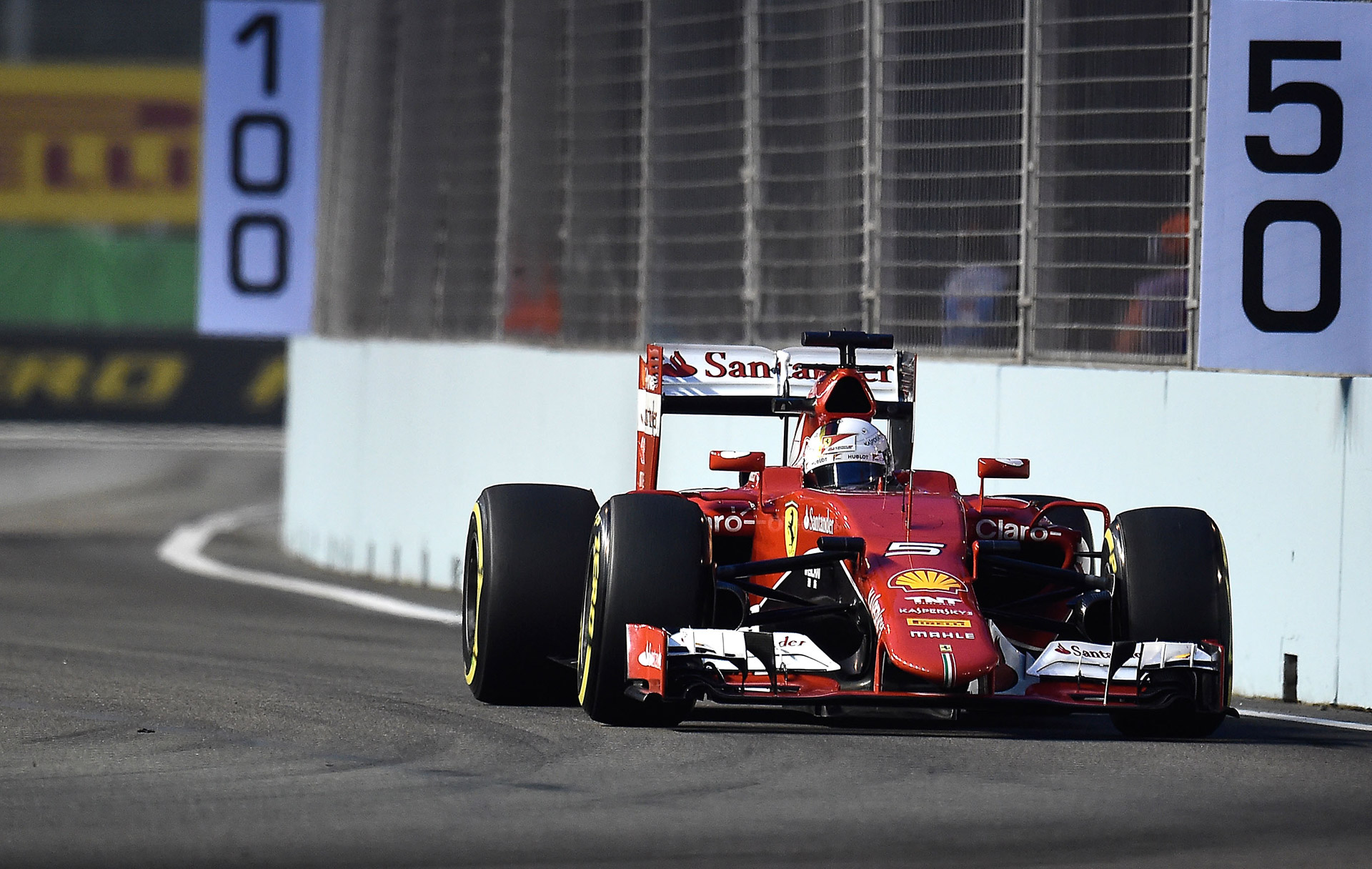 ferrari s sebastian vettel storms to singapore grand prix pole. Black Bedroom Furniture Sets. Home Design Ideas