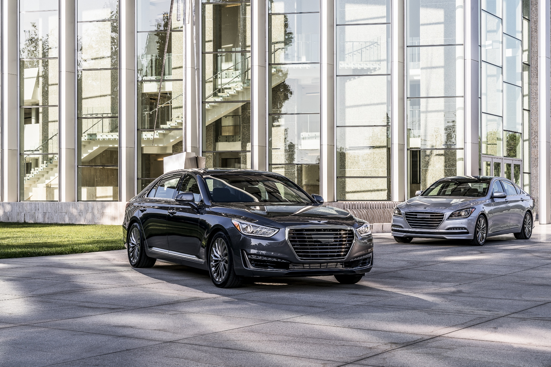 2017 lincoln continental vs 2017 genesis g90 compare cars. Black Bedroom Furniture Sets. Home Design Ideas