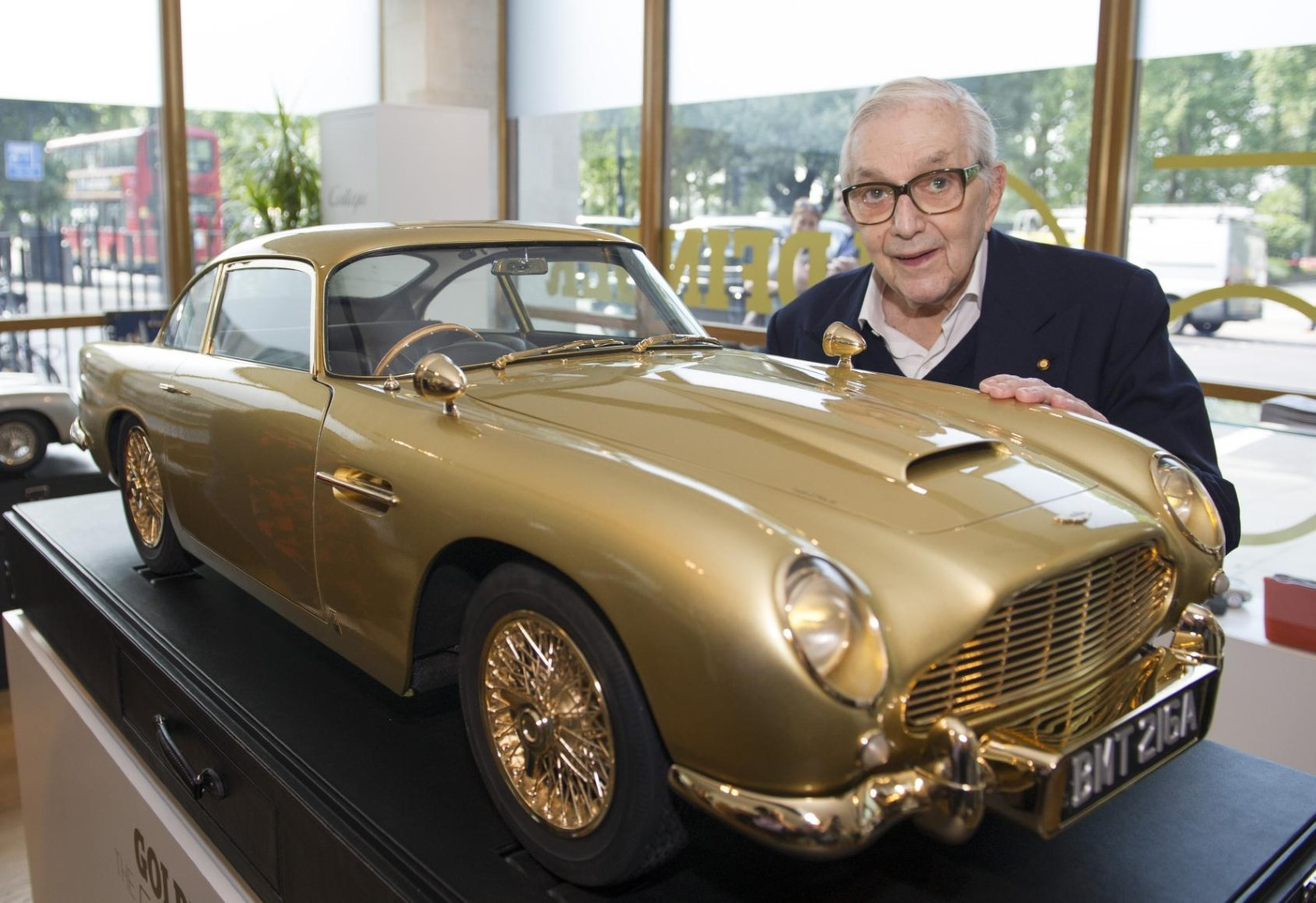 Gold Plated Aston Martin Db5 Model Set For Charity Auction