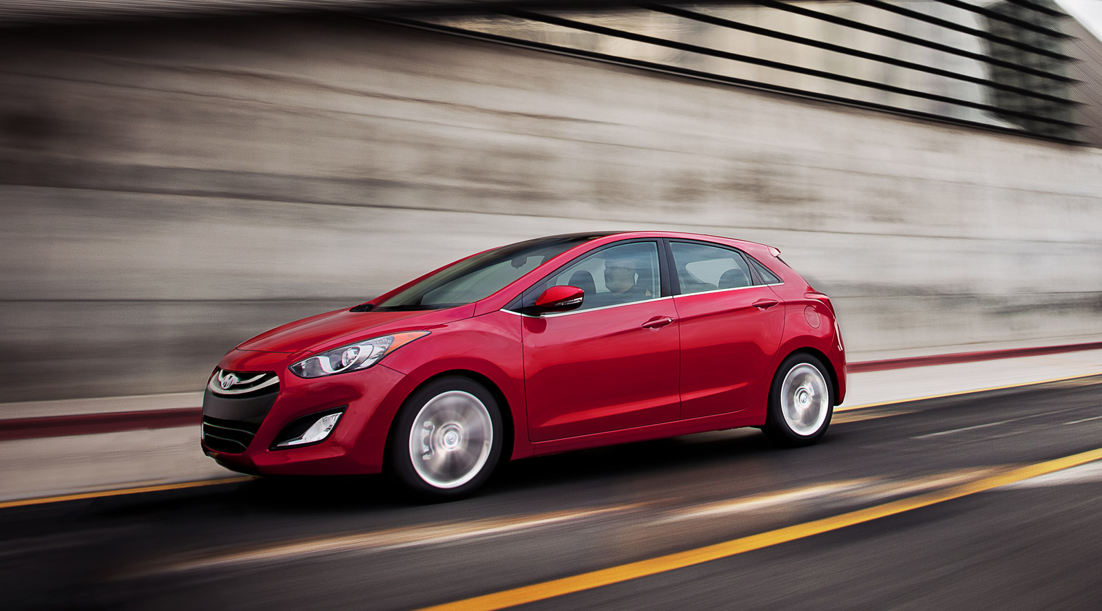 2013 hyundai elantra gt review ratings specs prices. Black Bedroom Furniture Sets. Home Design Ideas