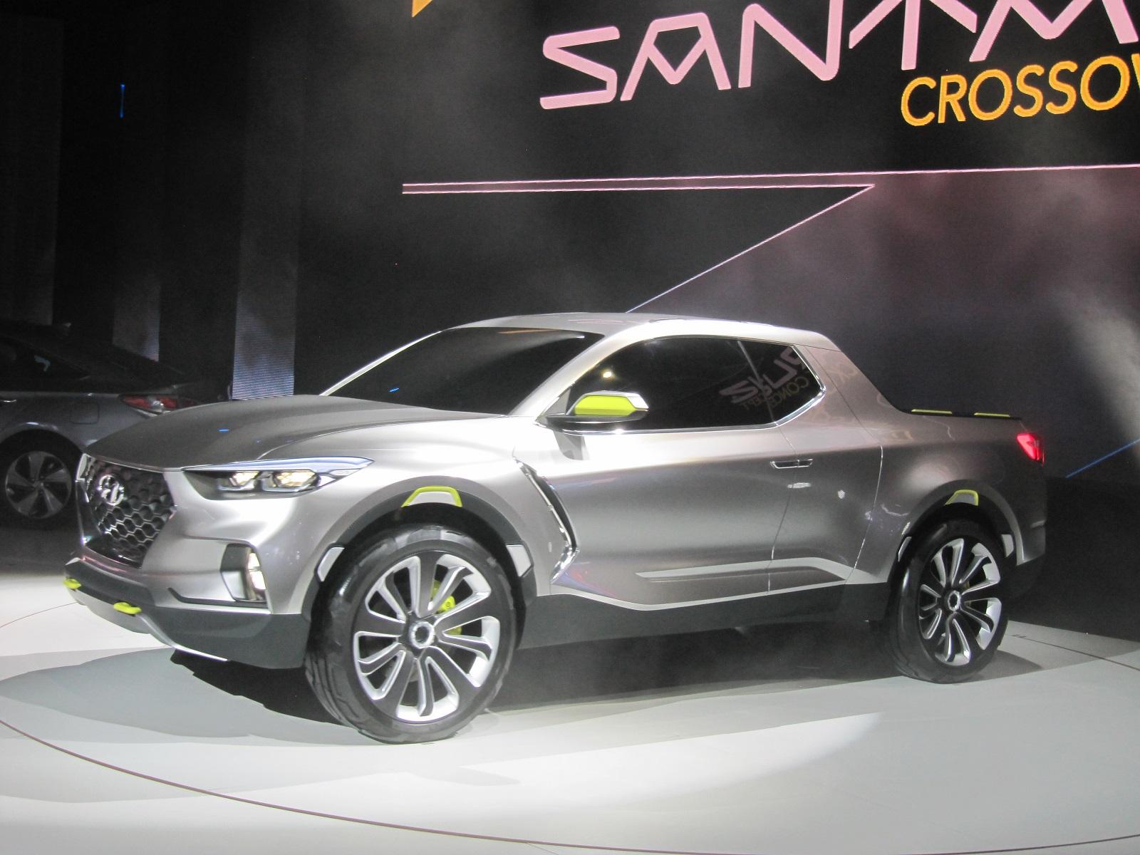 hyundai santa cruz crossover pickup truck concept 2015 detroit auto show. Black Bedroom Furniture Sets. Home Design Ideas