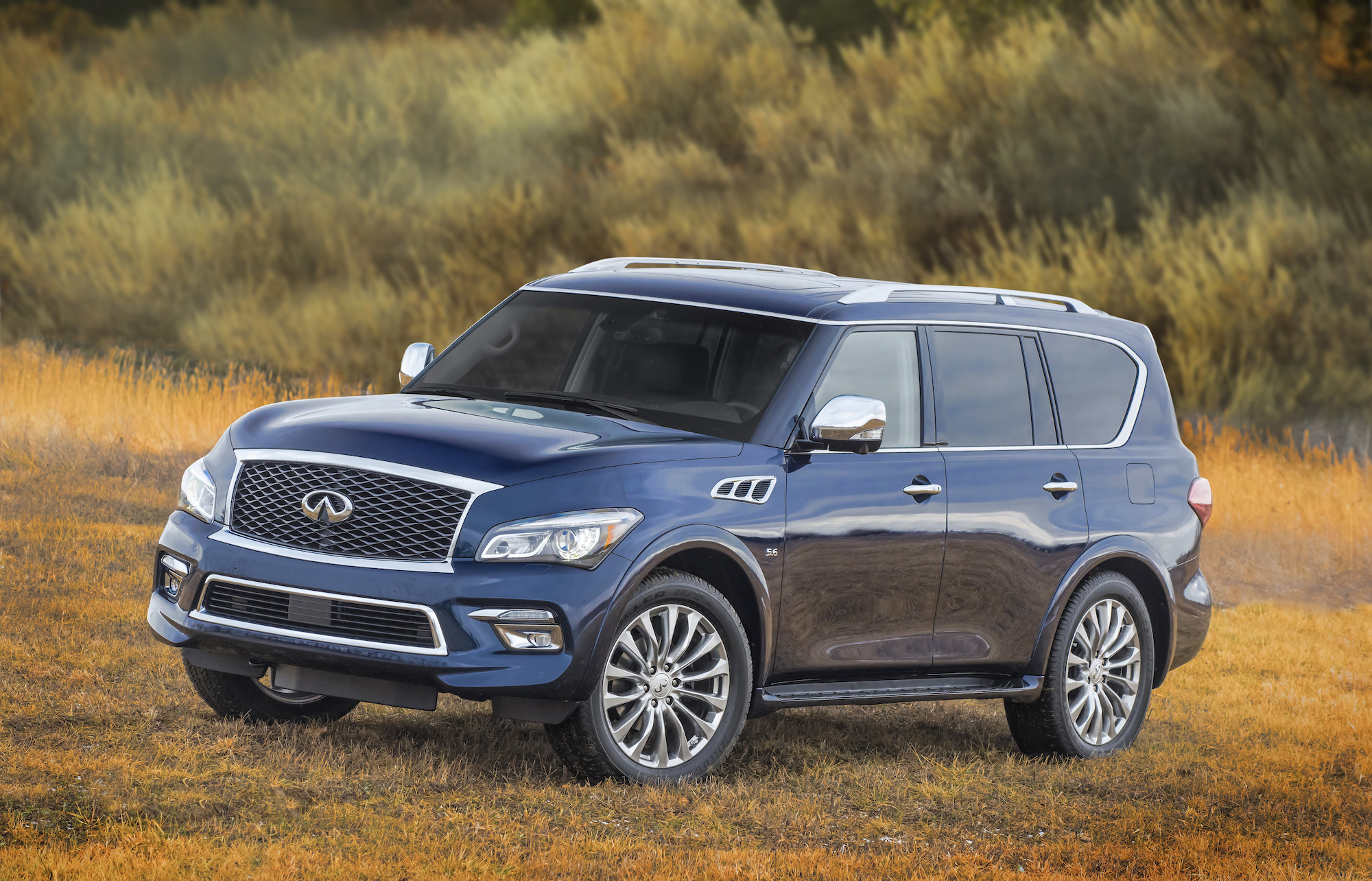 2016 infiniti qx80 safety review and crash test ratings the car connection. Black Bedroom Furniture Sets. Home Design Ideas