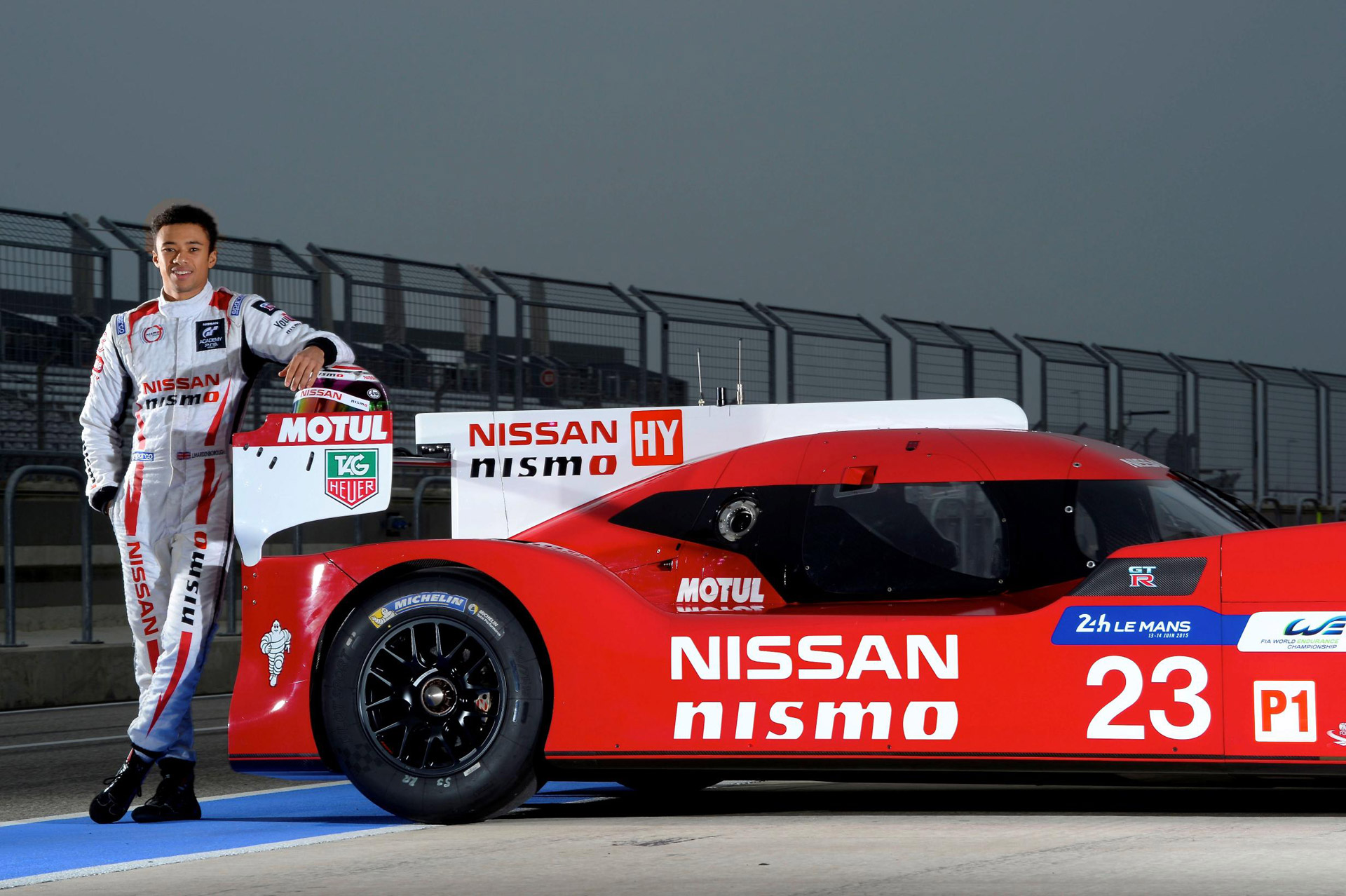 gamers turned racers to pilot nissan gt r lm nismo lmp1 at le mans. Black Bedroom Furniture Sets. Home Design Ideas
