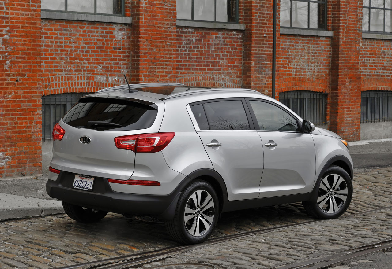 2011 kia sportage top residual value could sweeten the deal. Black Bedroom Furniture Sets. Home Design Ideas