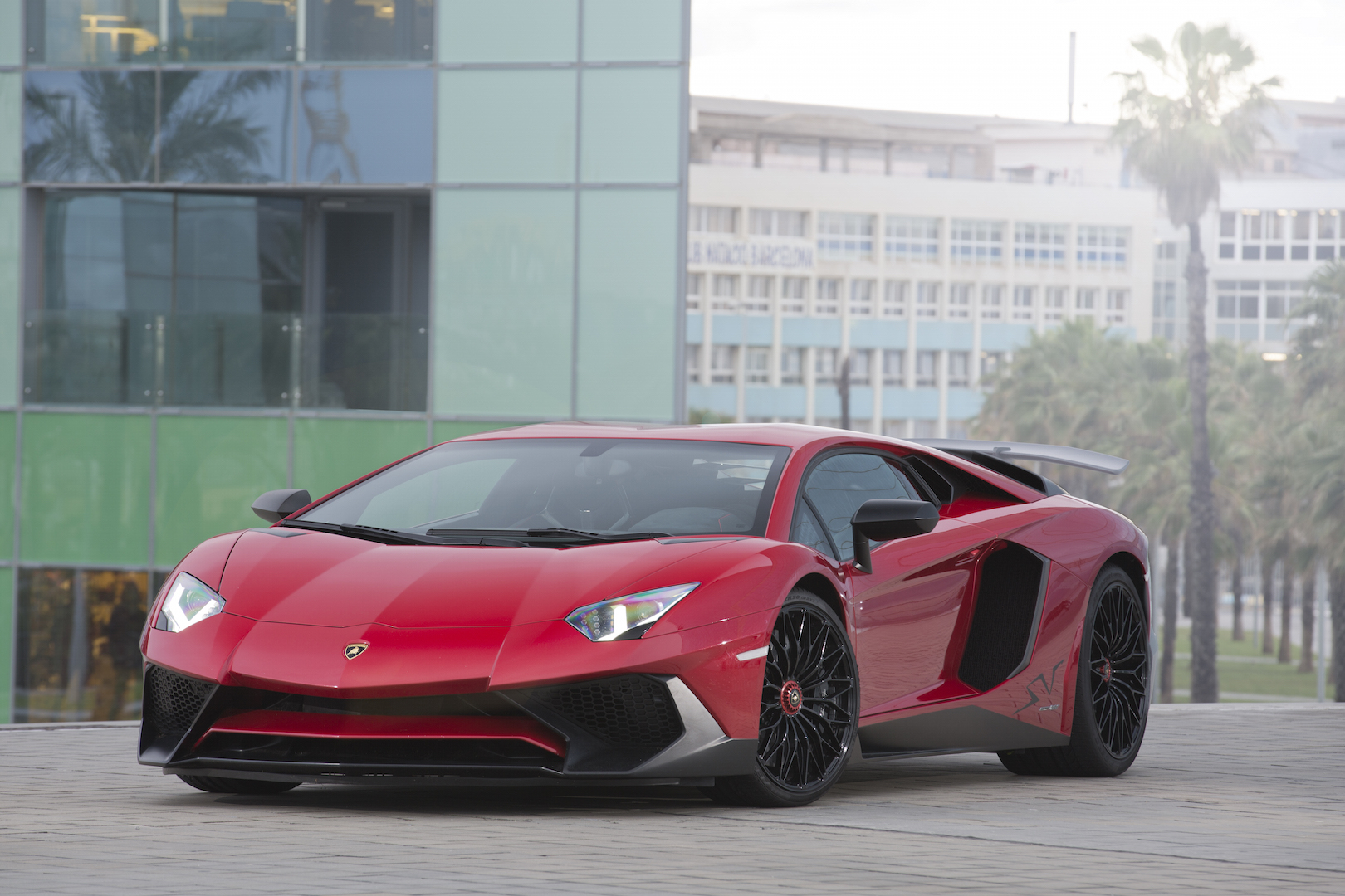 2016 Lamborghini Aventador Review Ratings Specs Prices And Photos The Car Connection