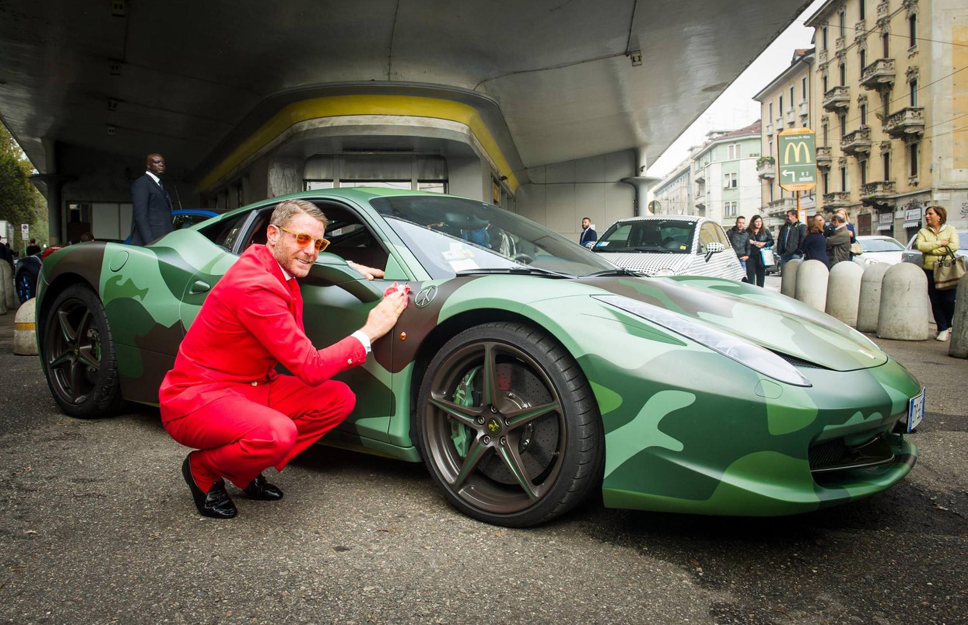 Fiat heir lapo elkann turns milan gas station into trendy for Auto di lapo elkann