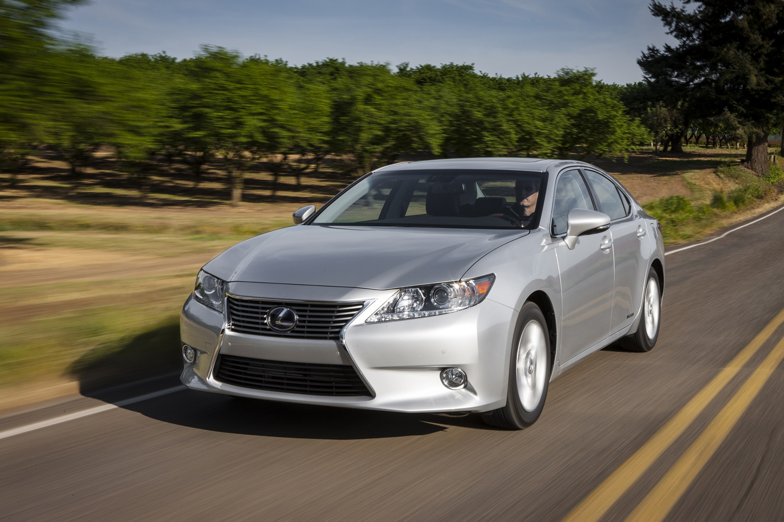 2015 lexus es 300h hybrid gets new infotainment features. Black Bedroom Furniture Sets. Home Design Ideas